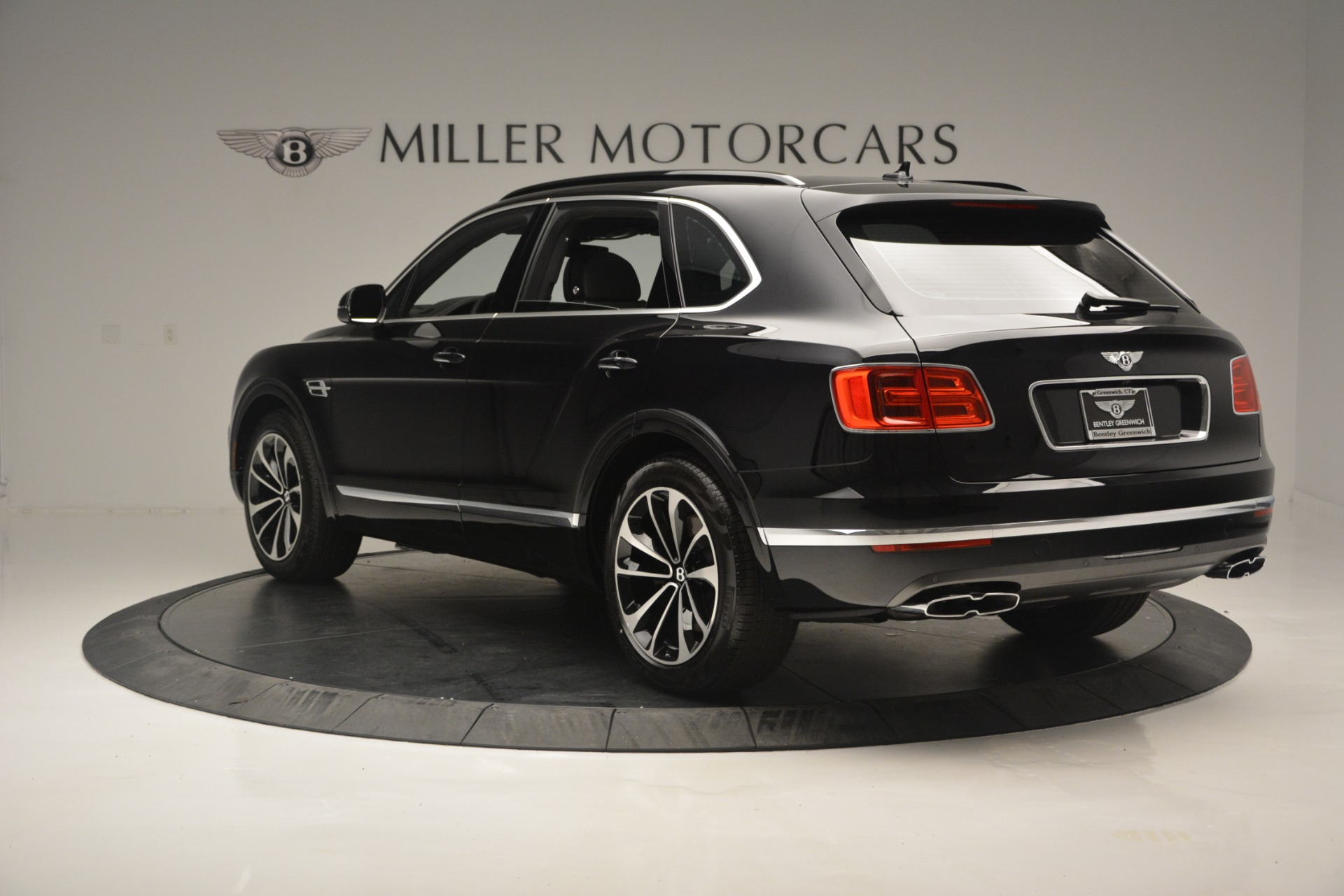 New 2019 Bentley Bentayga V8 For Sale In Greenwich, CT 2160_p5
