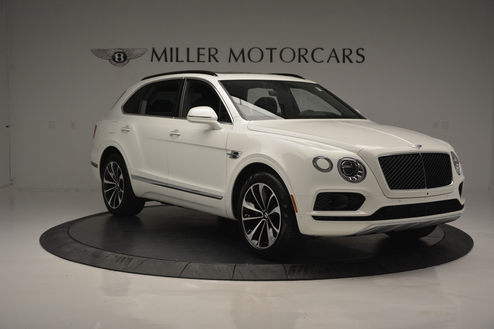 Used 2019 Bentley Bentayga V8 For Sale In Greenwich, CT 2162_p10