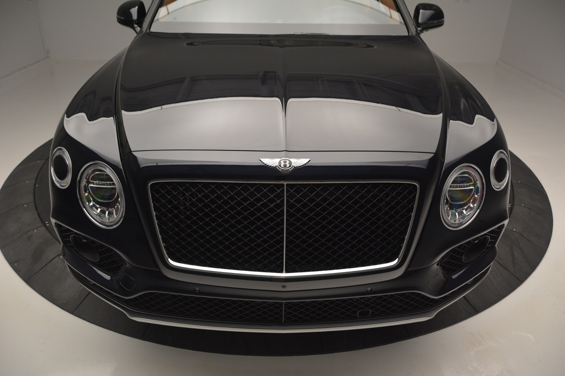 New 2019 Bentley Bentayga V8 For Sale In Greenwich, CT 2163_p13