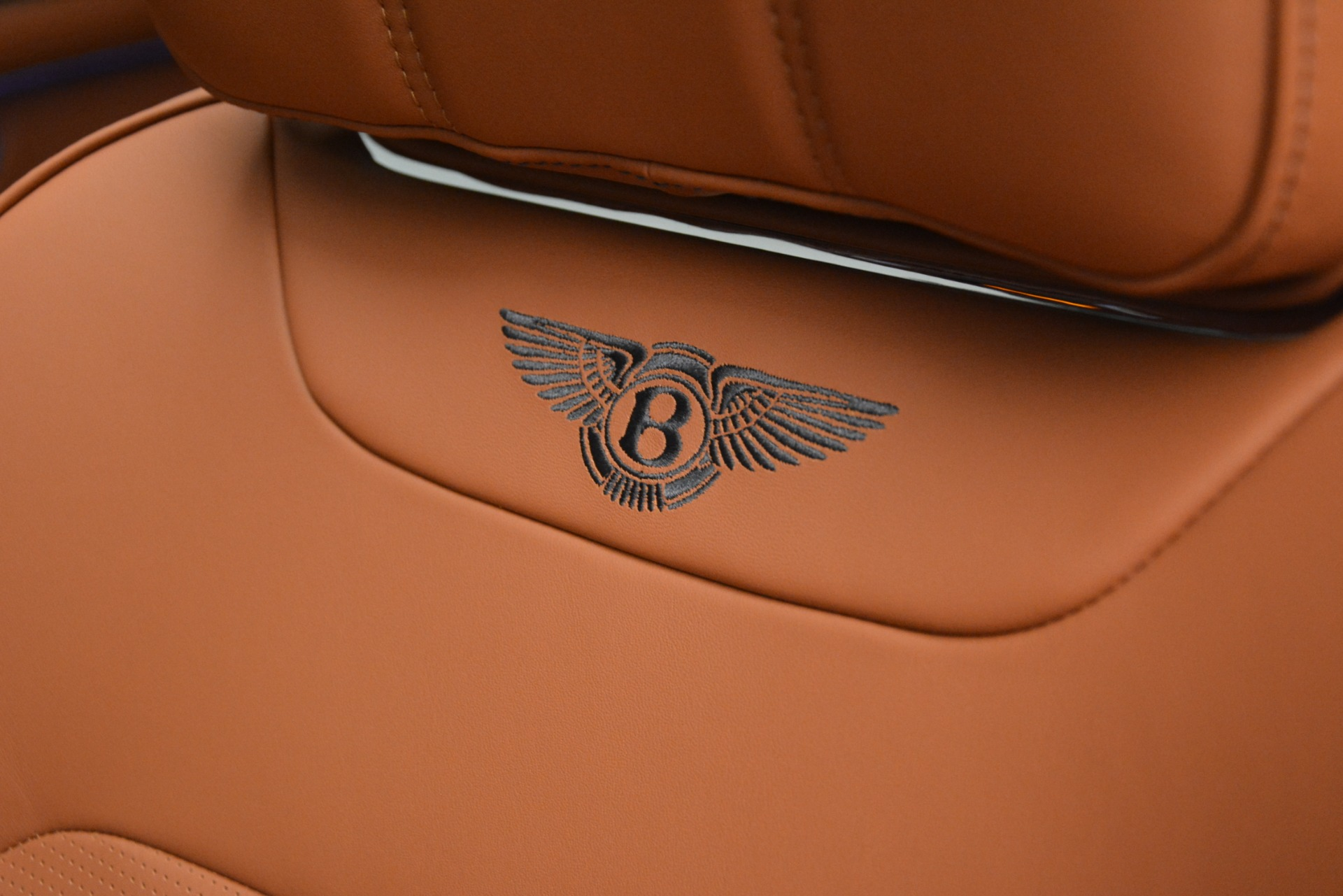 New 2019 Bentley Bentayga V8 For Sale In Greenwich, CT 2163_p20