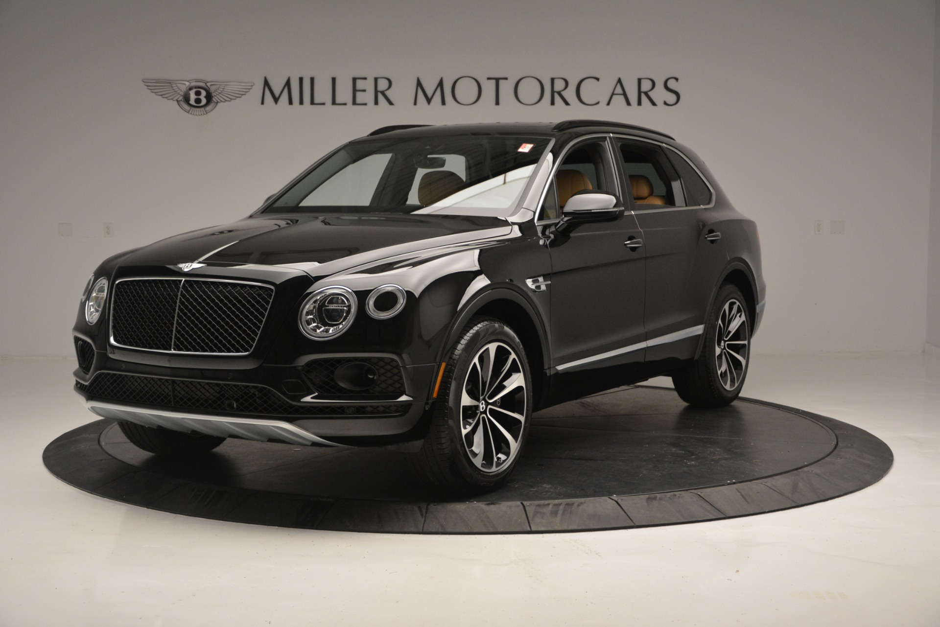 New 2019 Bentley Bentayga V8 For Sale In Greenwich, CT 2164_main