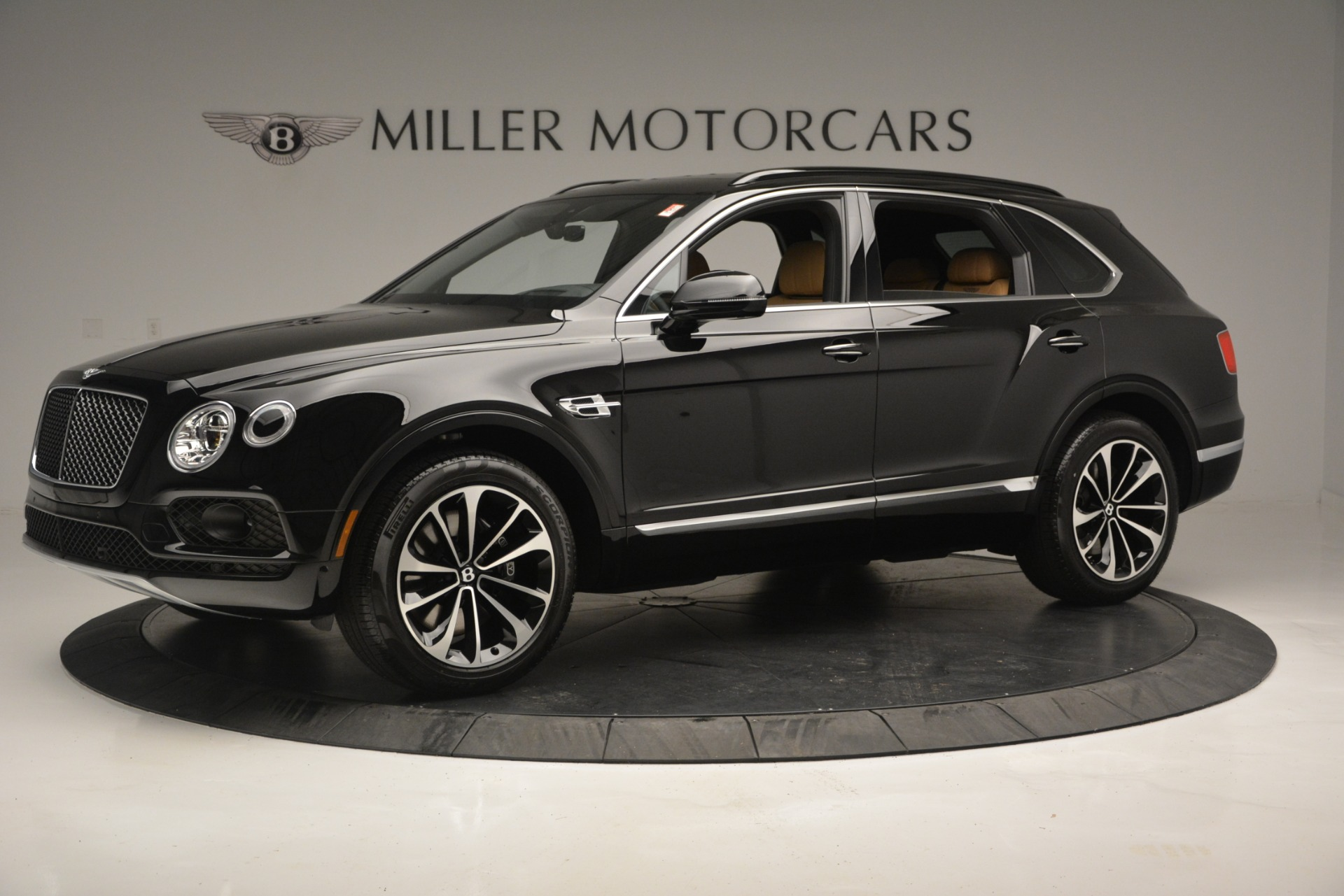New 2019 Bentley Bentayga V8 For Sale In Greenwich, CT 2164_p2