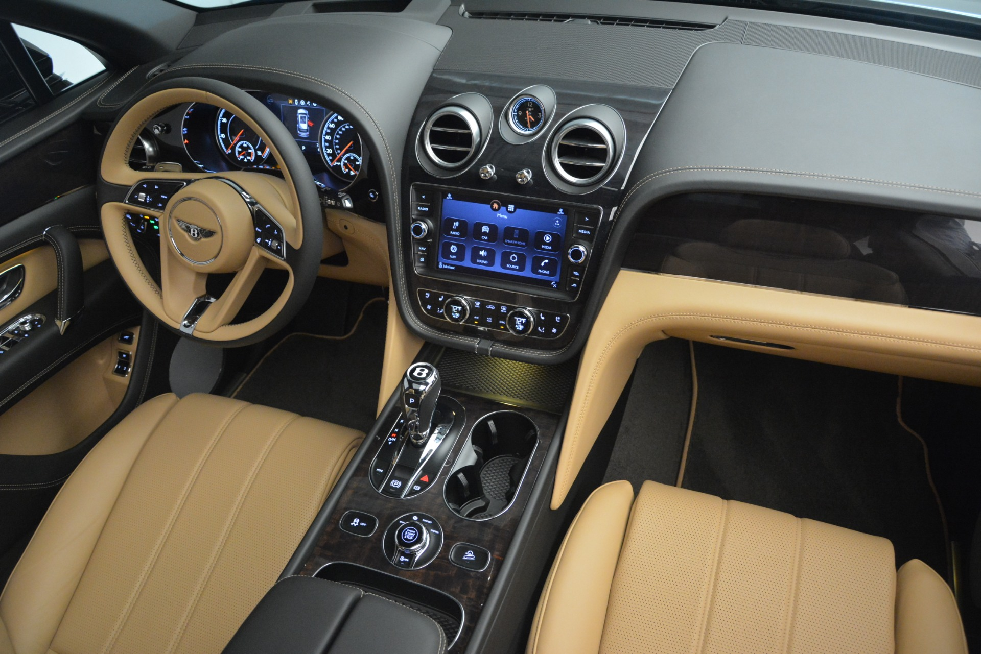 New 2019 Bentley Bentayga V8 For Sale In Greenwich, CT 2164_p30