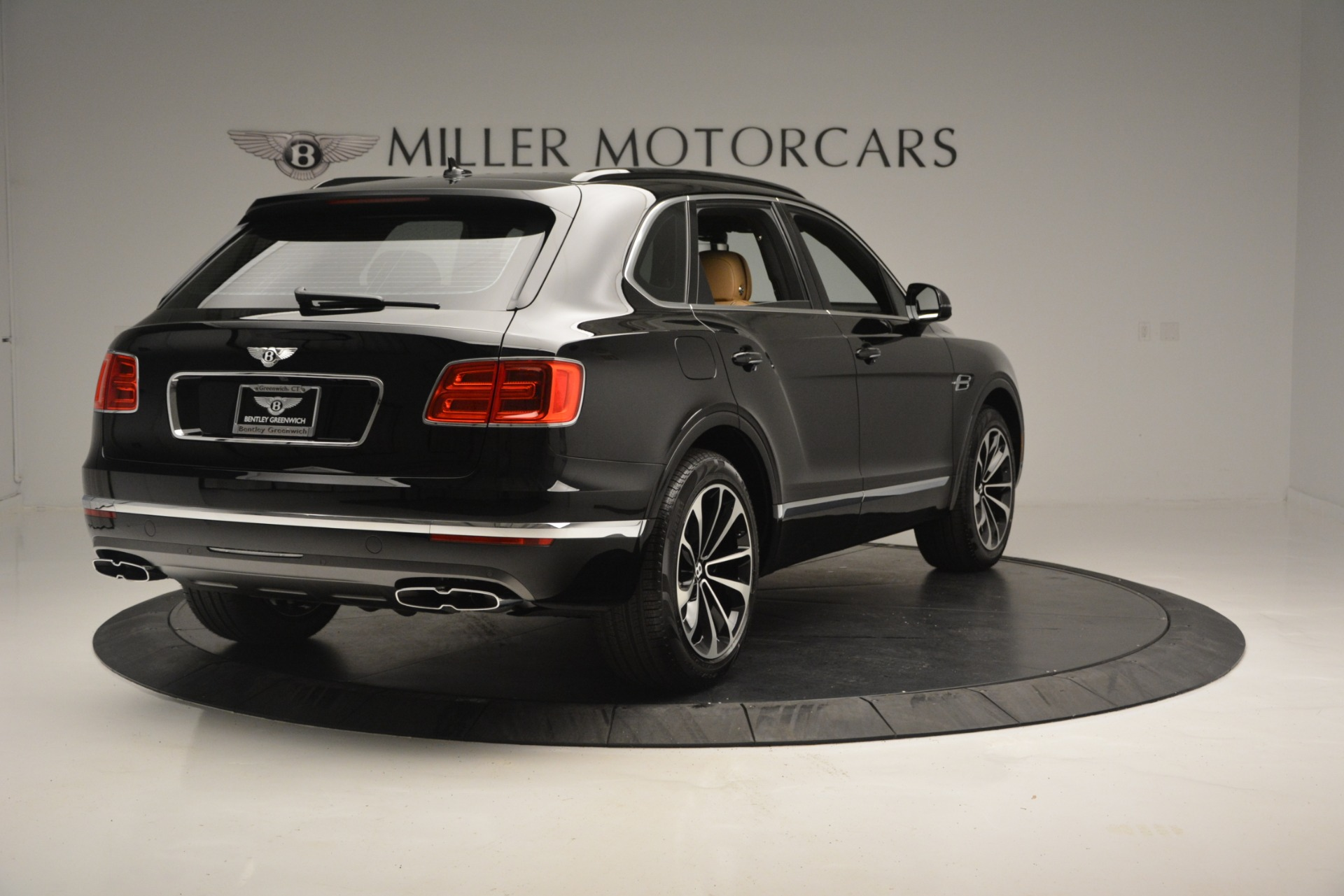 New 2019 Bentley Bentayga V8 For Sale In Greenwich, CT 2164_p7