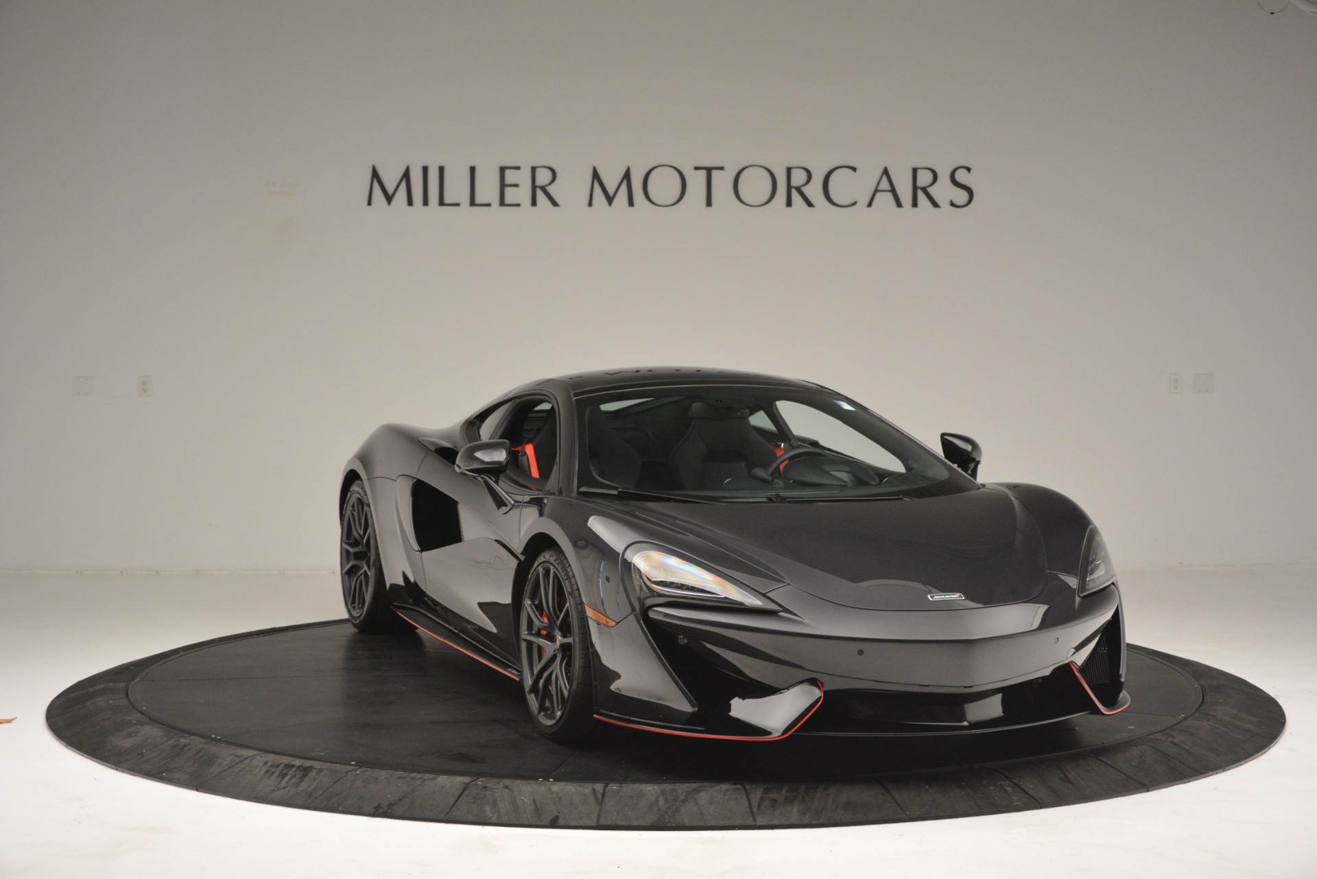 Used 2018 McLaren 570GT  For Sale In Greenwich, CT 2166_p11