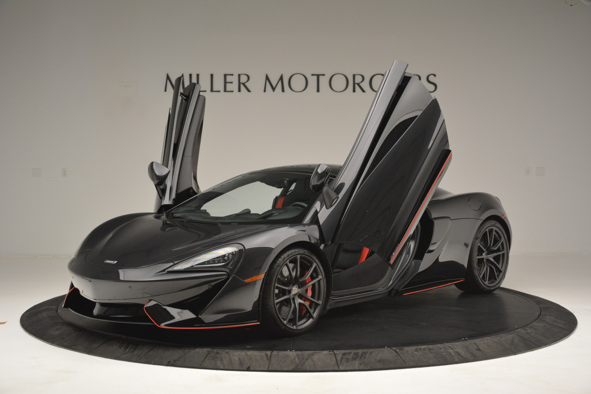 Used 2018 McLaren 570GT  For Sale In Greenwich, CT 2166_p14