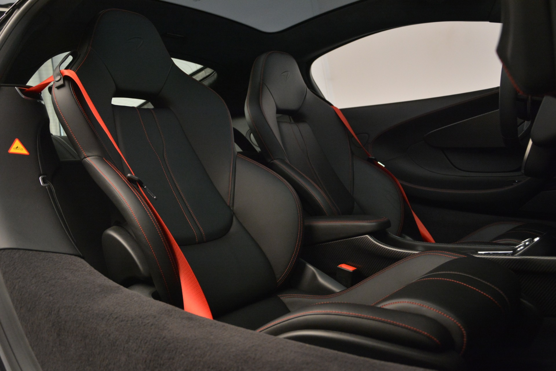 Used 2018 McLaren 570GT  For Sale In Greenwich, CT 2166_p20