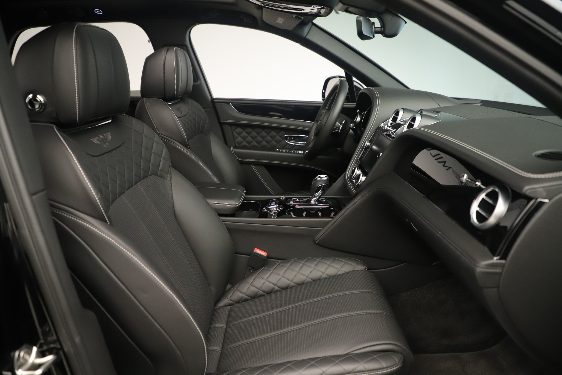Used 2018 Bentley Bentayga W12 Signature For Sale In Greenwich, CT 2167_p28