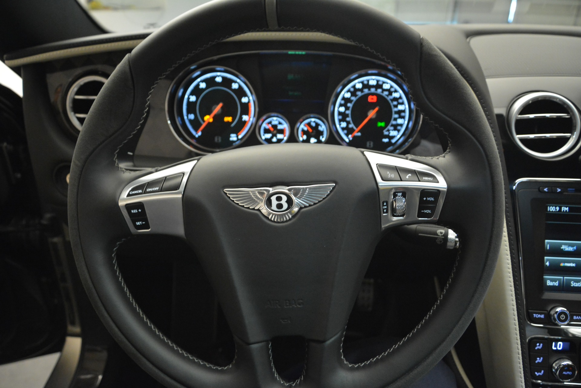 Used 2017 Bentley Continental GT Supersports For Sale In Greenwich, CT 2172_p23