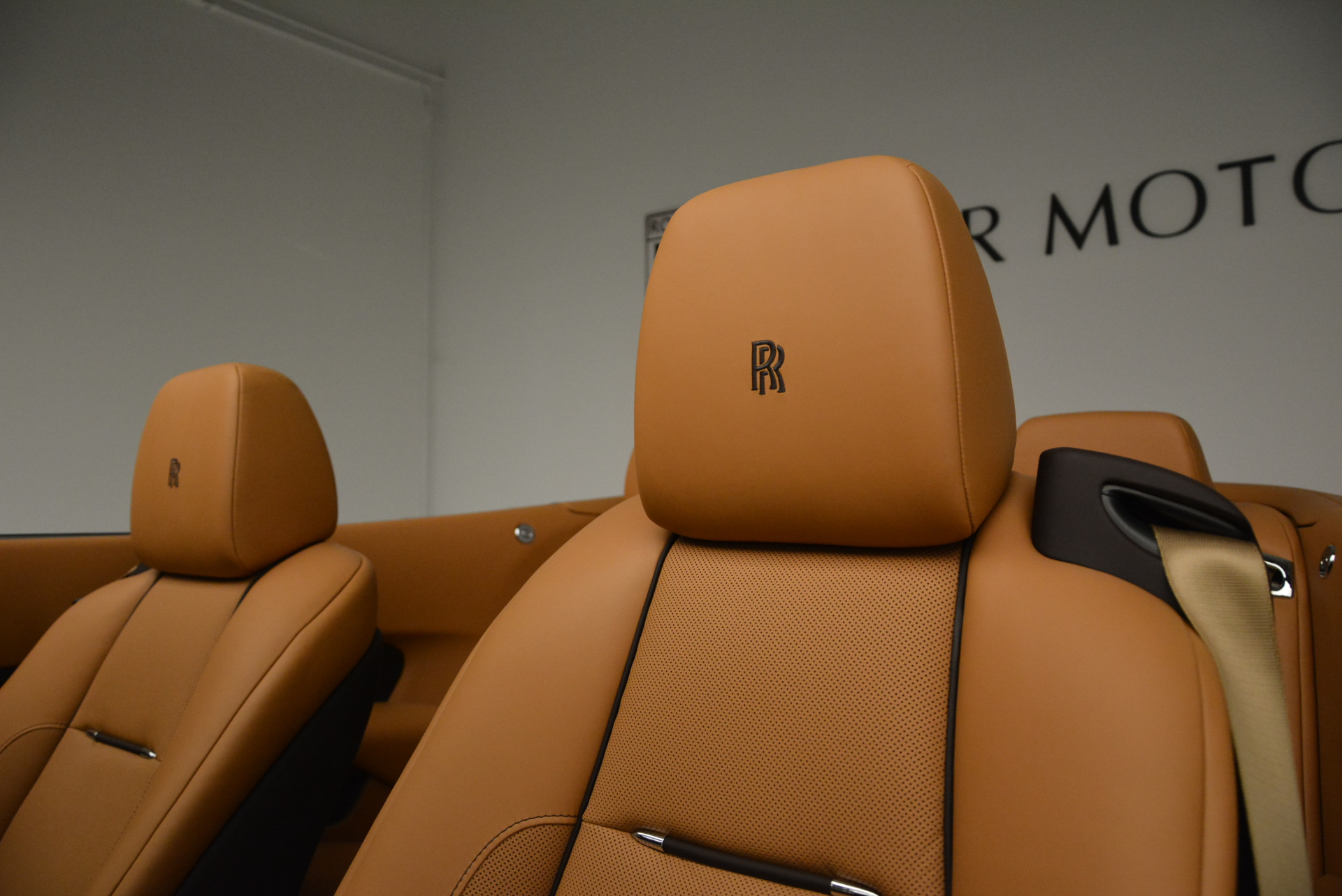 Used 2018 Rolls-Royce Dawn  For Sale In Greenwich, CT 2178_p20