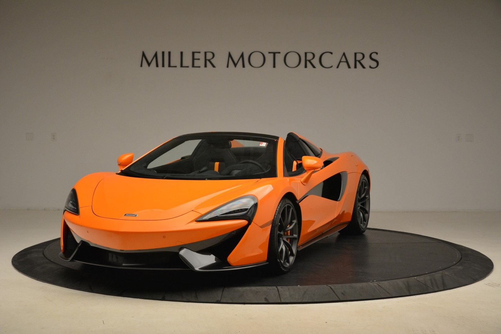 Used 2018 McLaren 570S Spider Convertible For Sale In Greenwich, CT 2188_main
