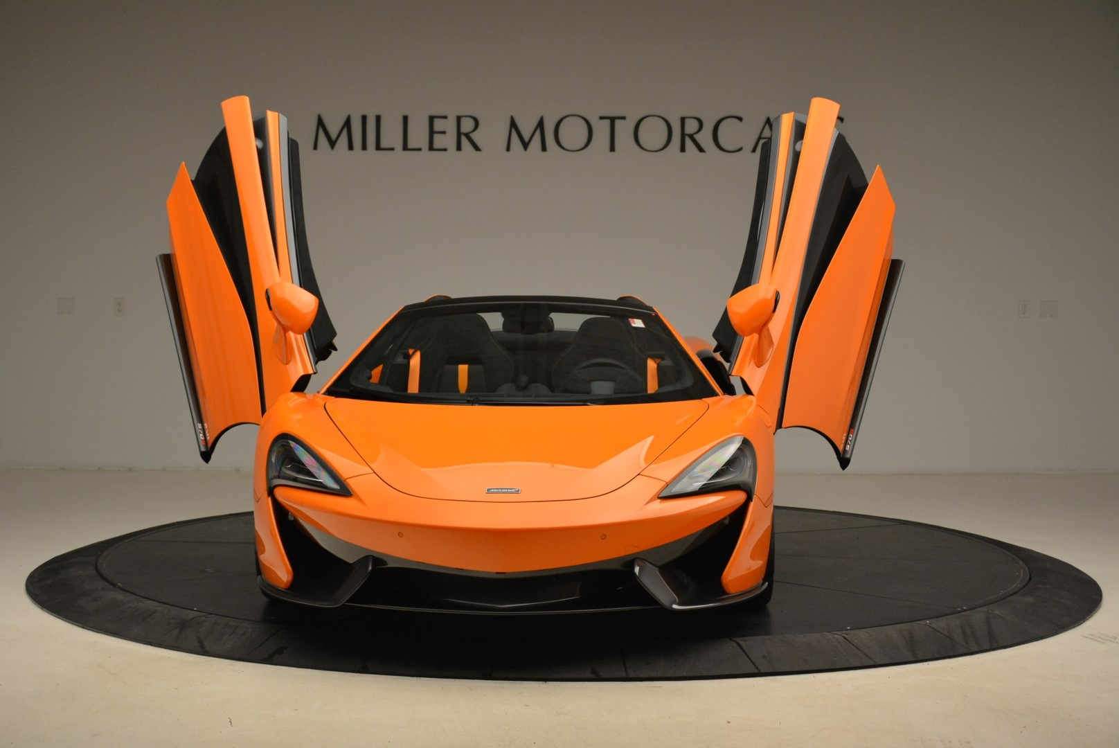 Used 2018 McLaren 570S Spider Convertible For Sale In Greenwich, CT 2188_p13