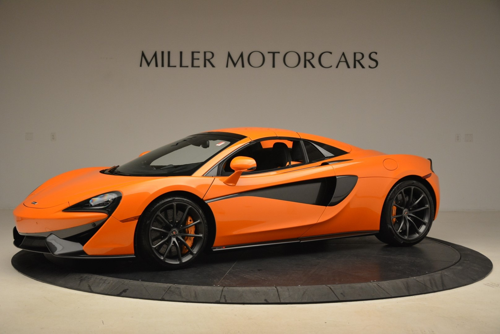 Used 2018 McLaren 570S Spider Convertible For Sale In Greenwich, CT 2188_p15