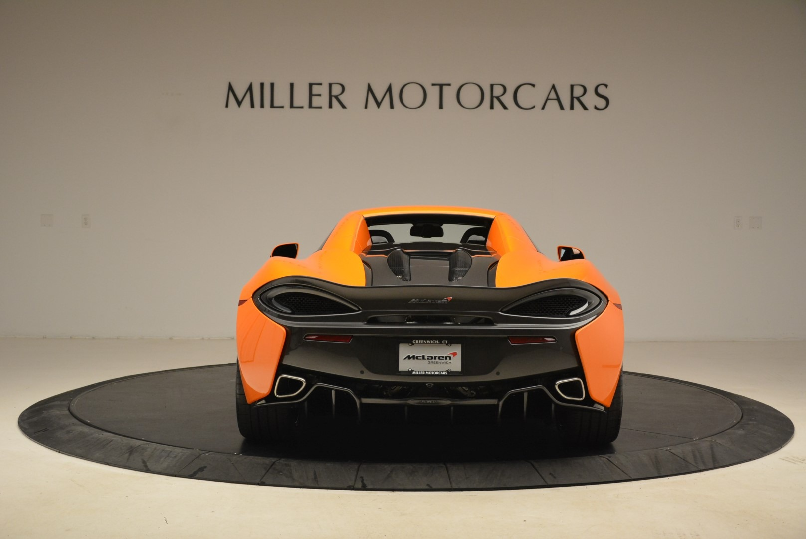 Used 2018 McLaren 570S Spider Convertible For Sale In Greenwich, CT 2188_p18