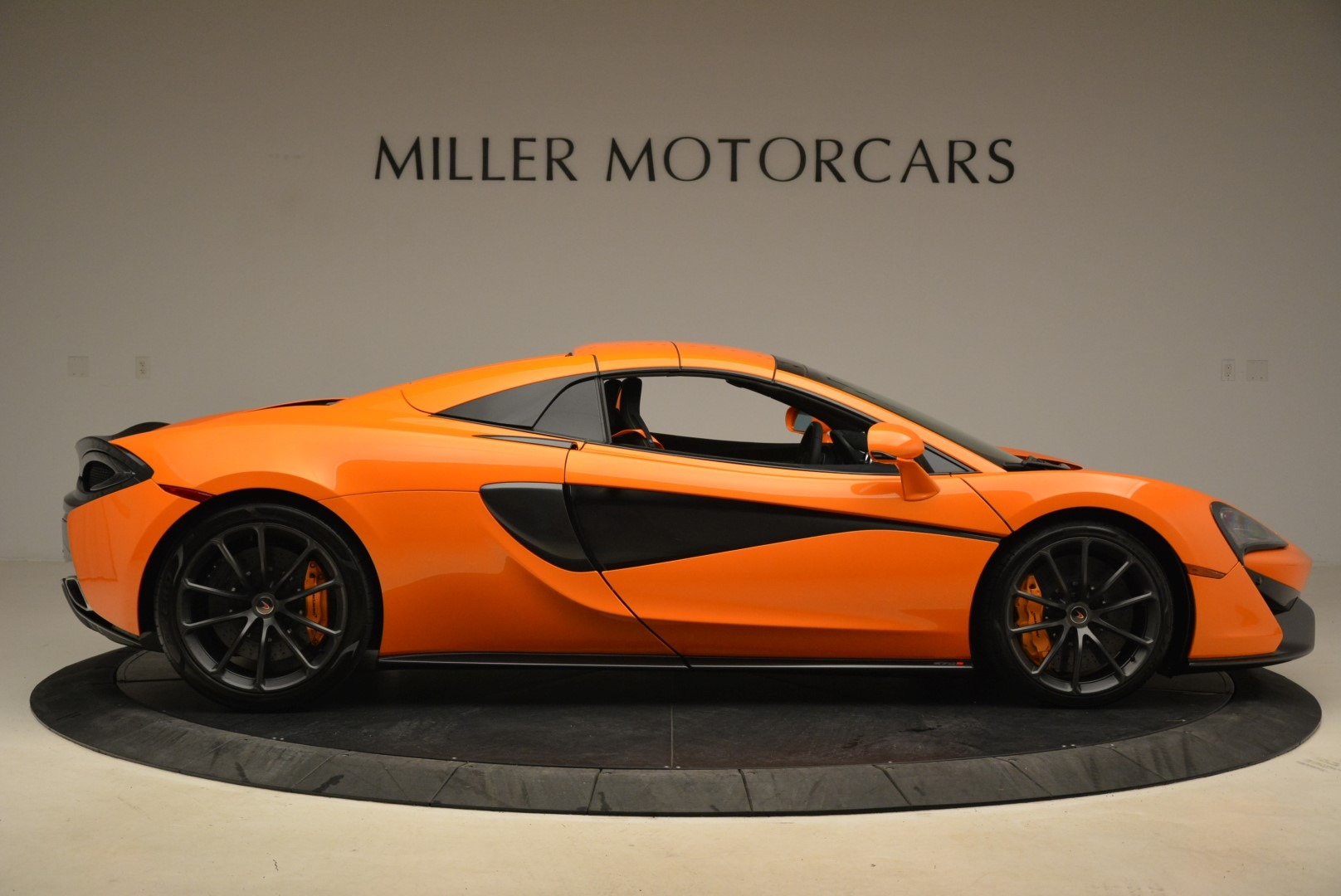 Used 2018 McLaren 570S Spider Convertible For Sale In Greenwich, CT 2188_p20