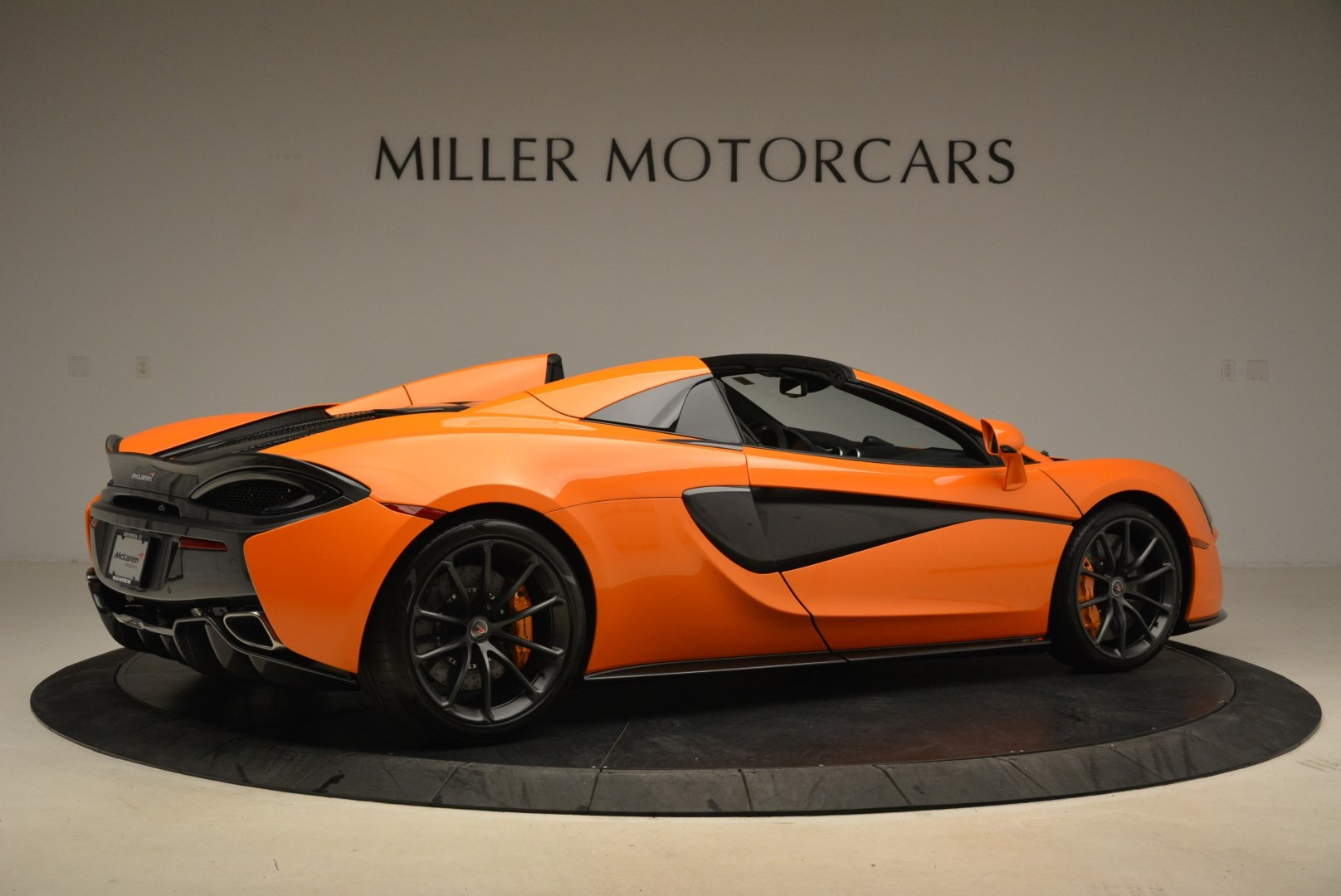 Used 2018 McLaren 570S Spider Convertible For Sale In Greenwich, CT 2188_p8