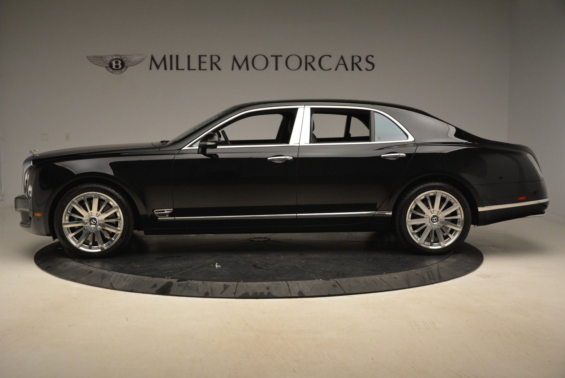 Used 2016 Bentley Mulsanne  For Sale In Greenwich, CT 2189_p3