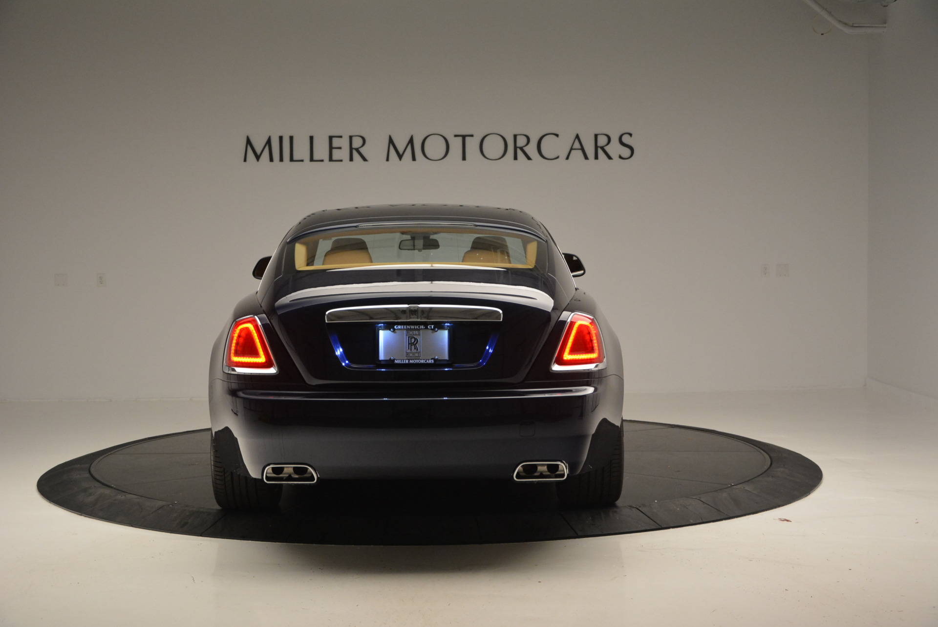 Used 2016 Rolls-Royce Wraith  For Sale In Greenwich, CT 219_p4