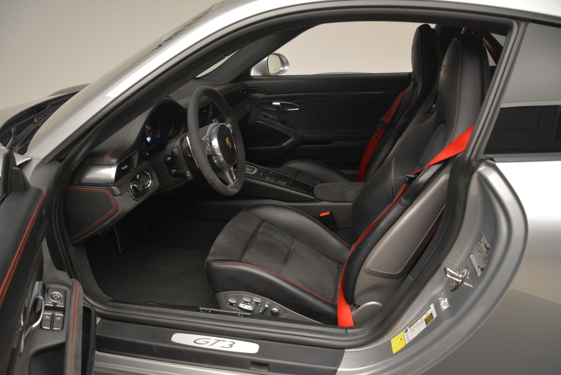 Used 2015 Porsche 911 GT3 For Sale In Greenwich, CT 2196_p19