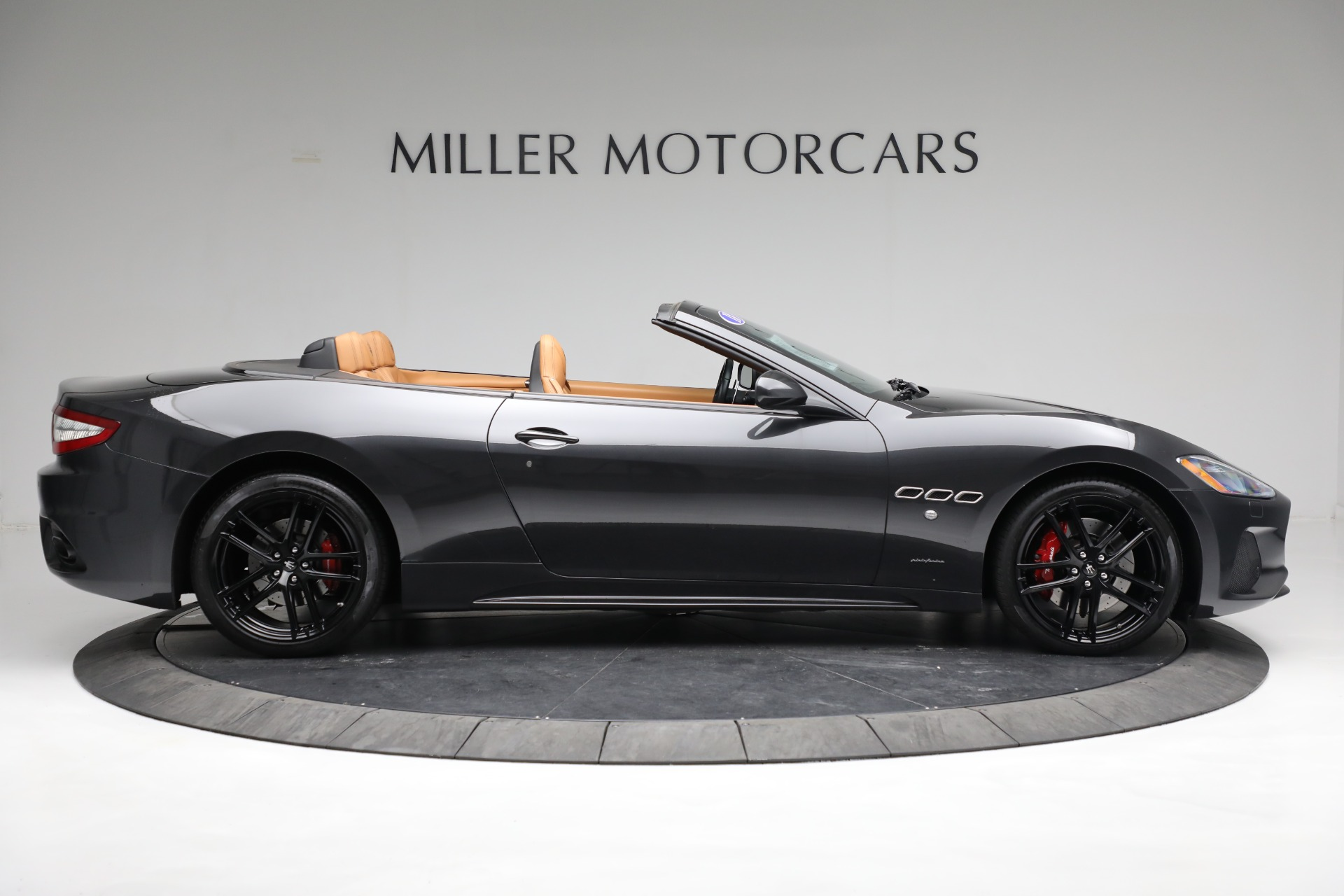 New 2018 Maserati GranTurismo Sport Convertible For Sale In Greenwich, CT 2198_p17