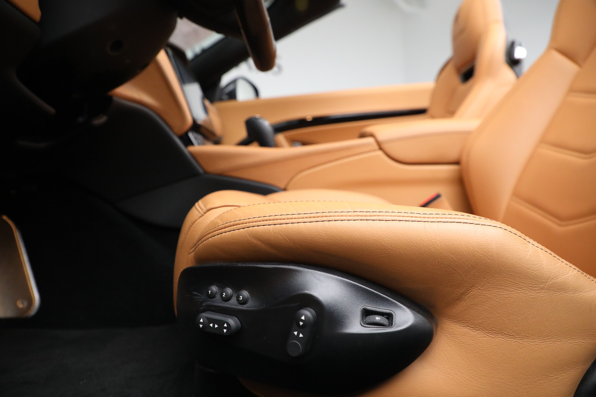New 2018 Maserati GranTurismo Sport Convertible For Sale In Greenwich, CT 2198_p26