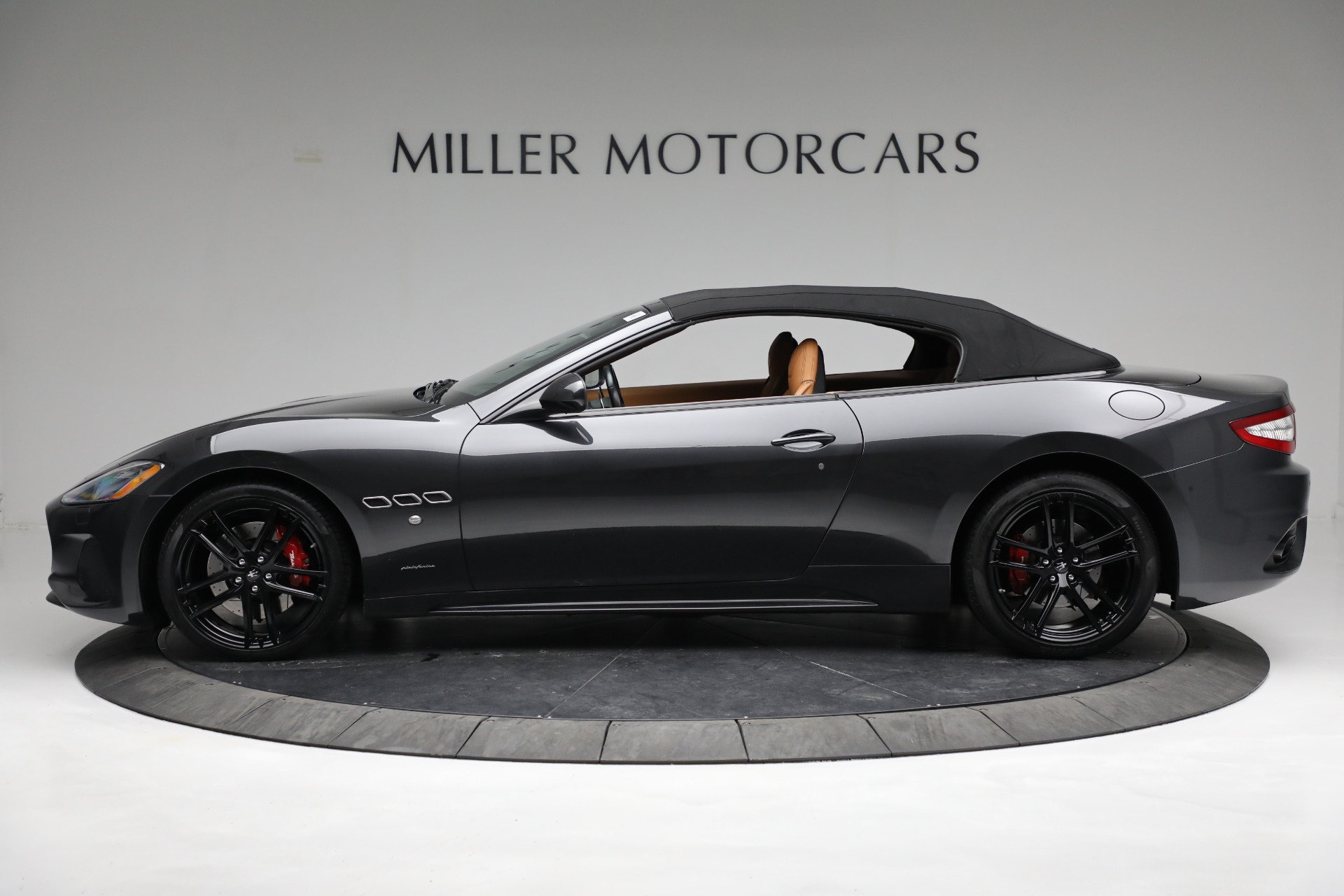 New 2018 Maserati GranTurismo Sport Convertible For Sale In Greenwich, CT 2198_p6