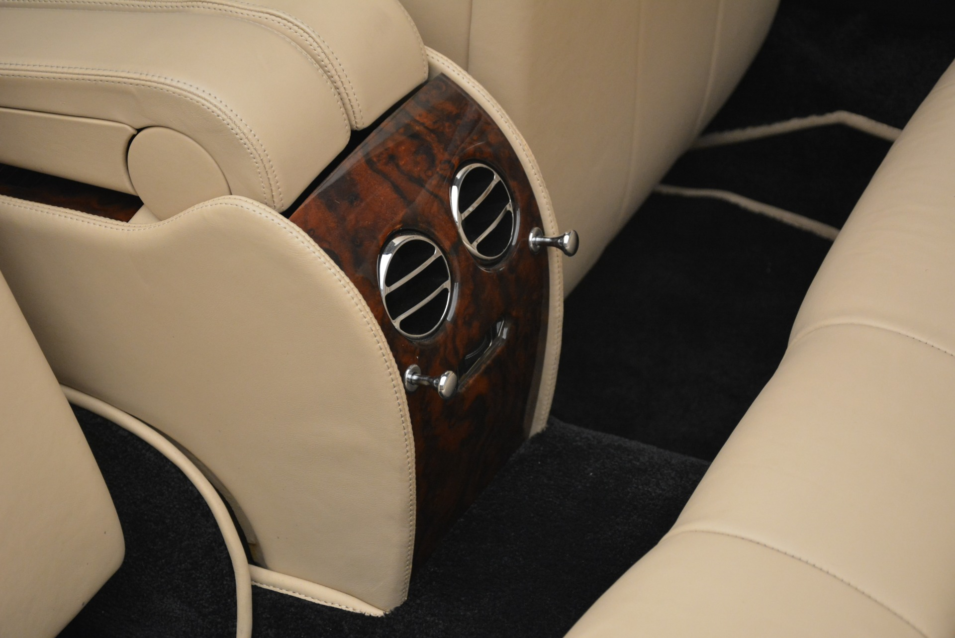 Used 2007 Bentley Azure  For Sale In Greenwich, CT 2203_p38