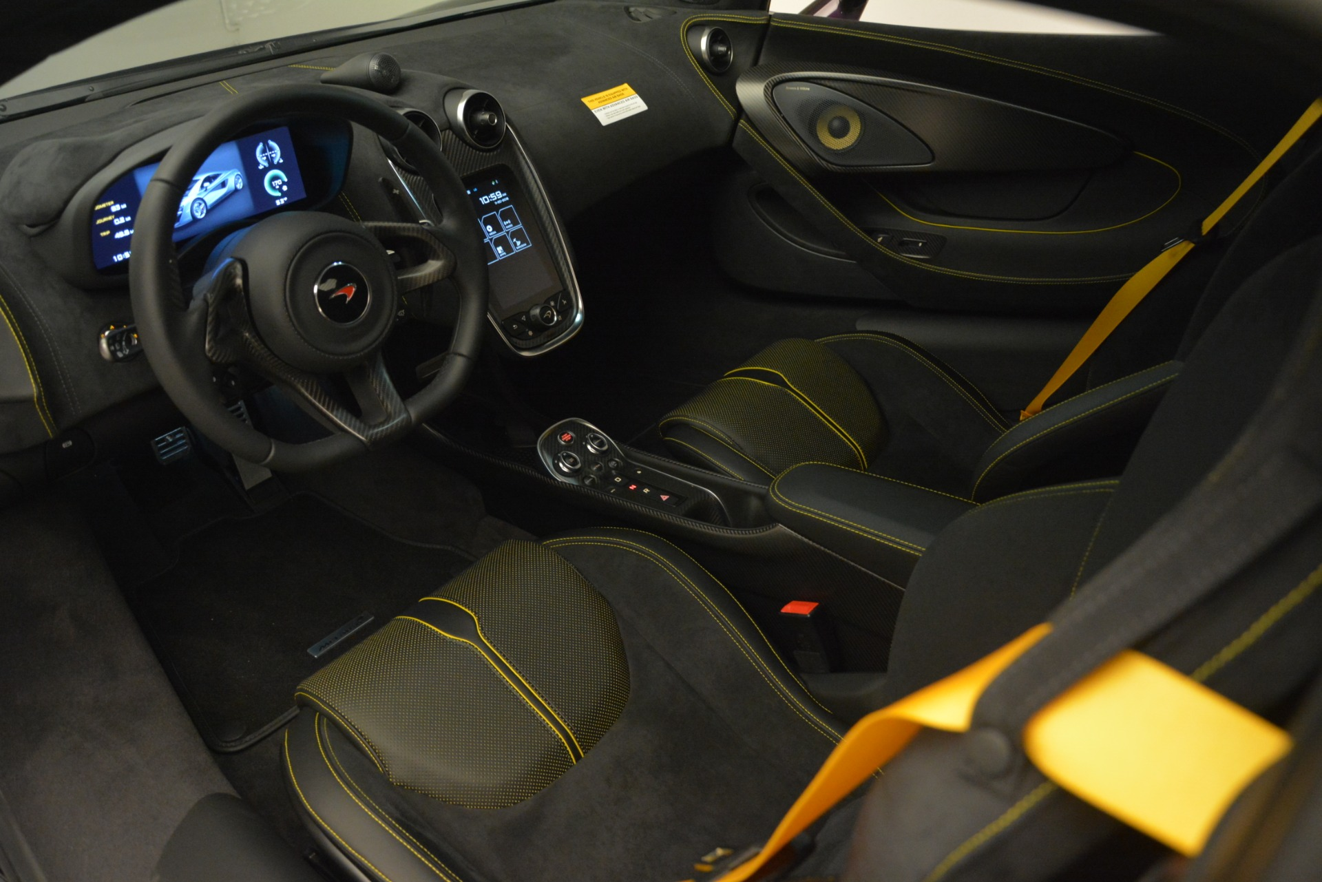 Used 2018 McLaren 570S  For Sale In Greenwich, CT 2204_p15