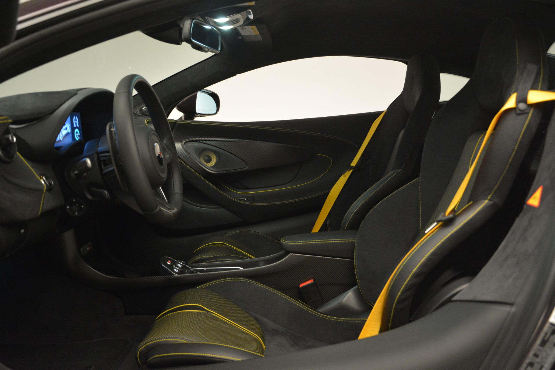 Used 2018 McLaren 570S  For Sale In Greenwich, CT 2204_p16