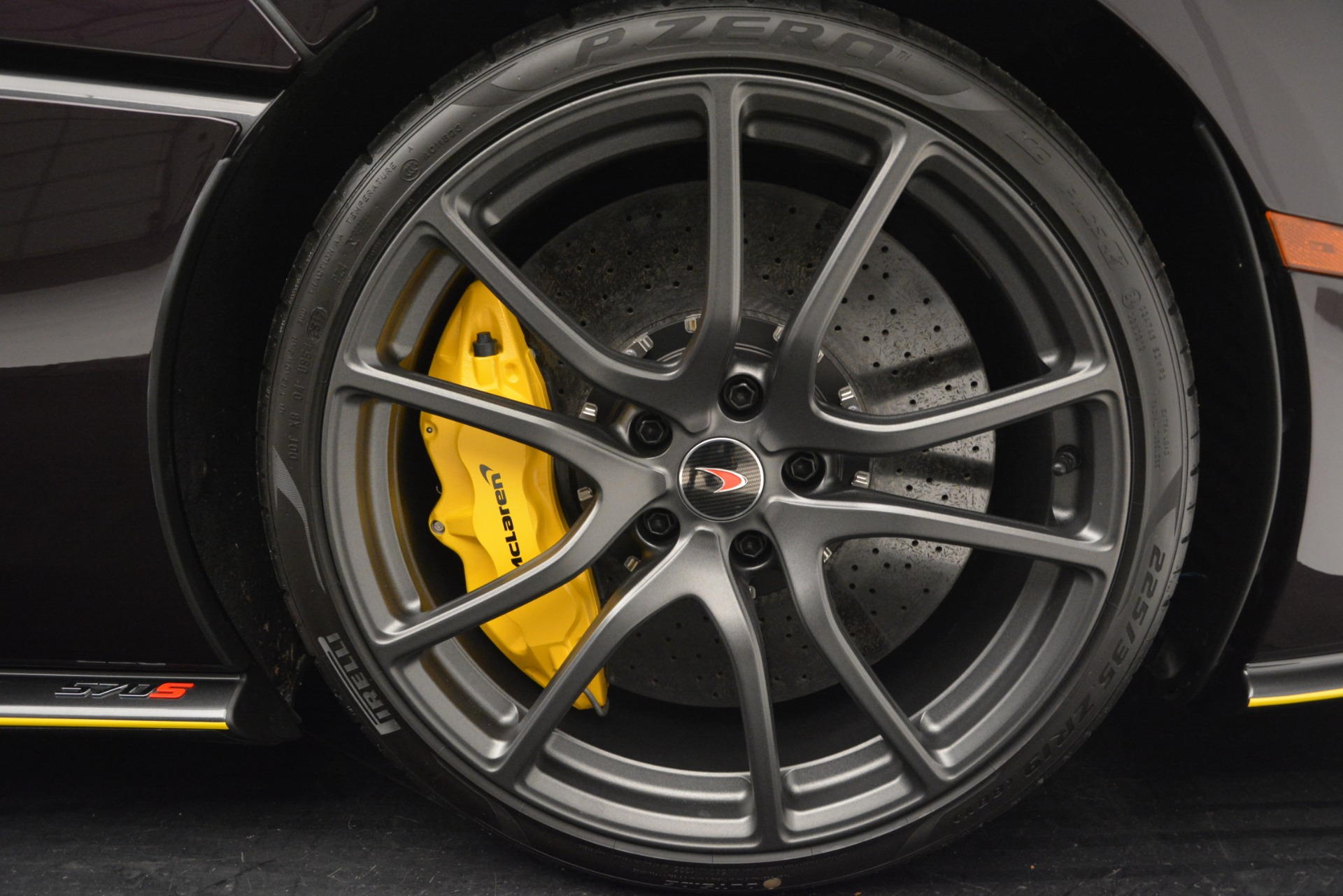 Used 2018 McLaren 570S  For Sale In Greenwich, CT 2204_p21