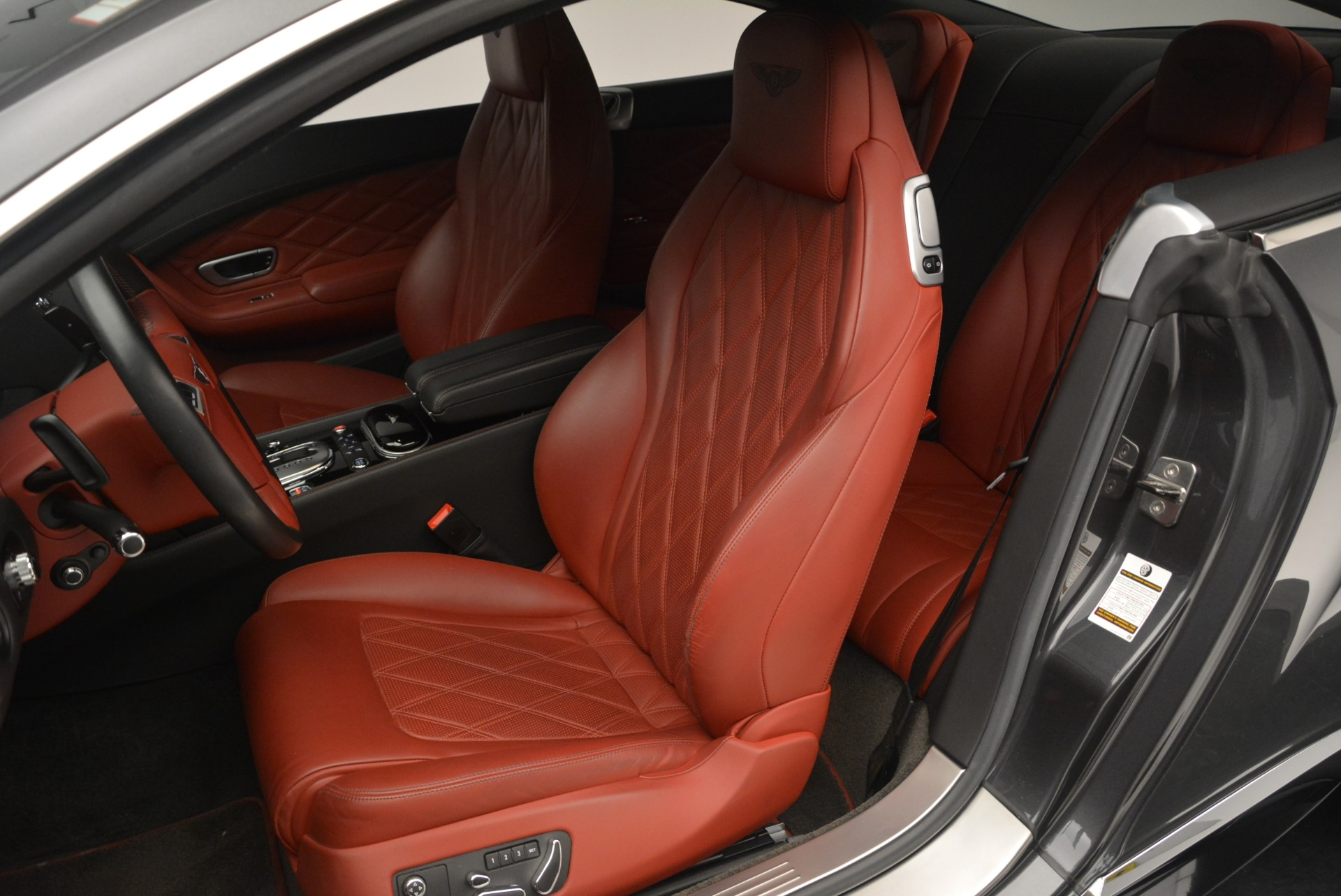 Used 2015 Bentley Continental GT V8 S For Sale In Greenwich, CT 2207_p19