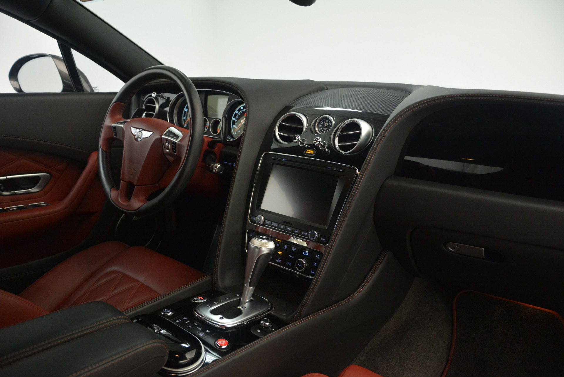 Used 2015 Bentley Continental GT V8 S For Sale In Greenwich, CT 2207_p25