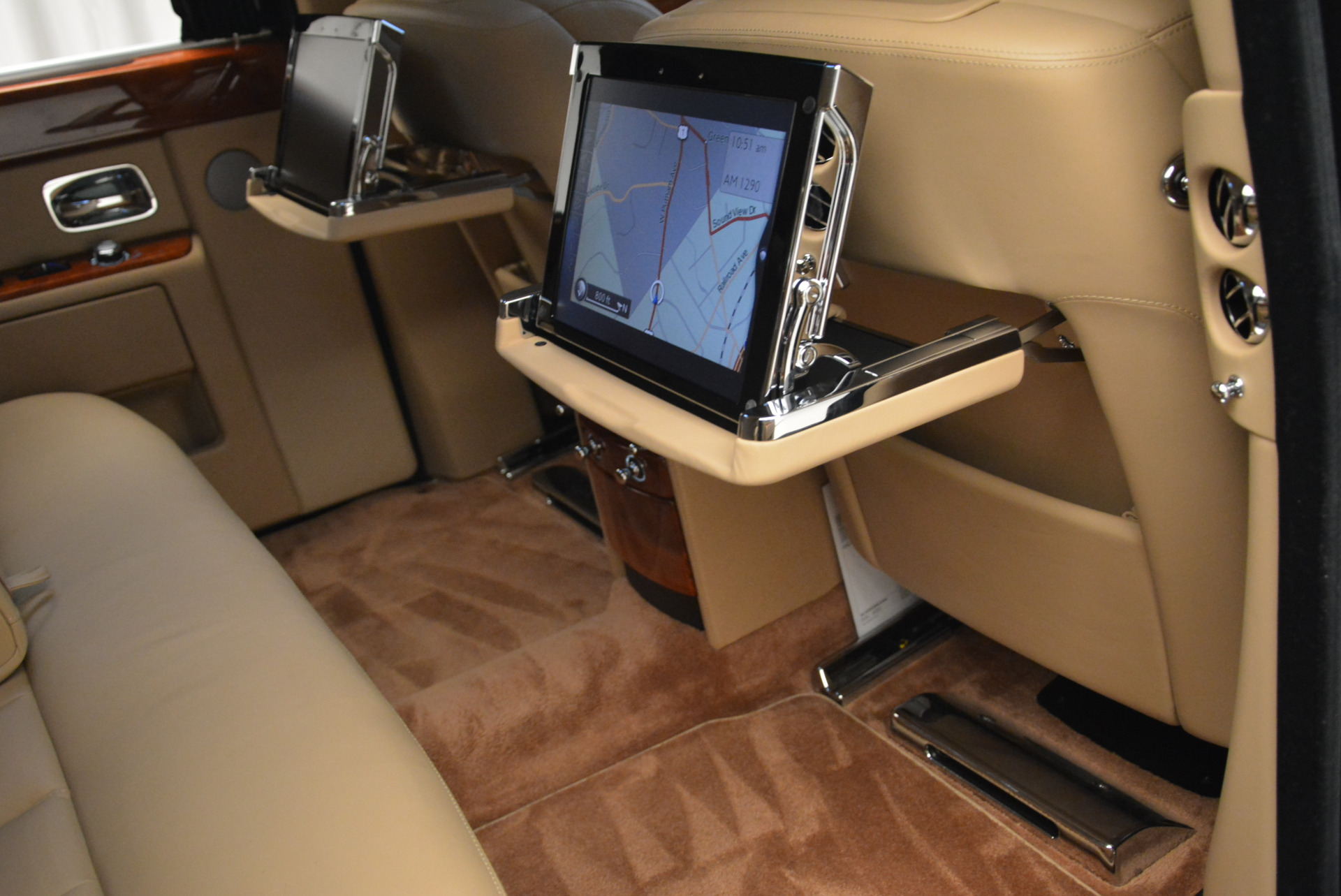 Used 2013 Rolls-Royce Phantom  For Sale In Greenwich, CT 2208_p21