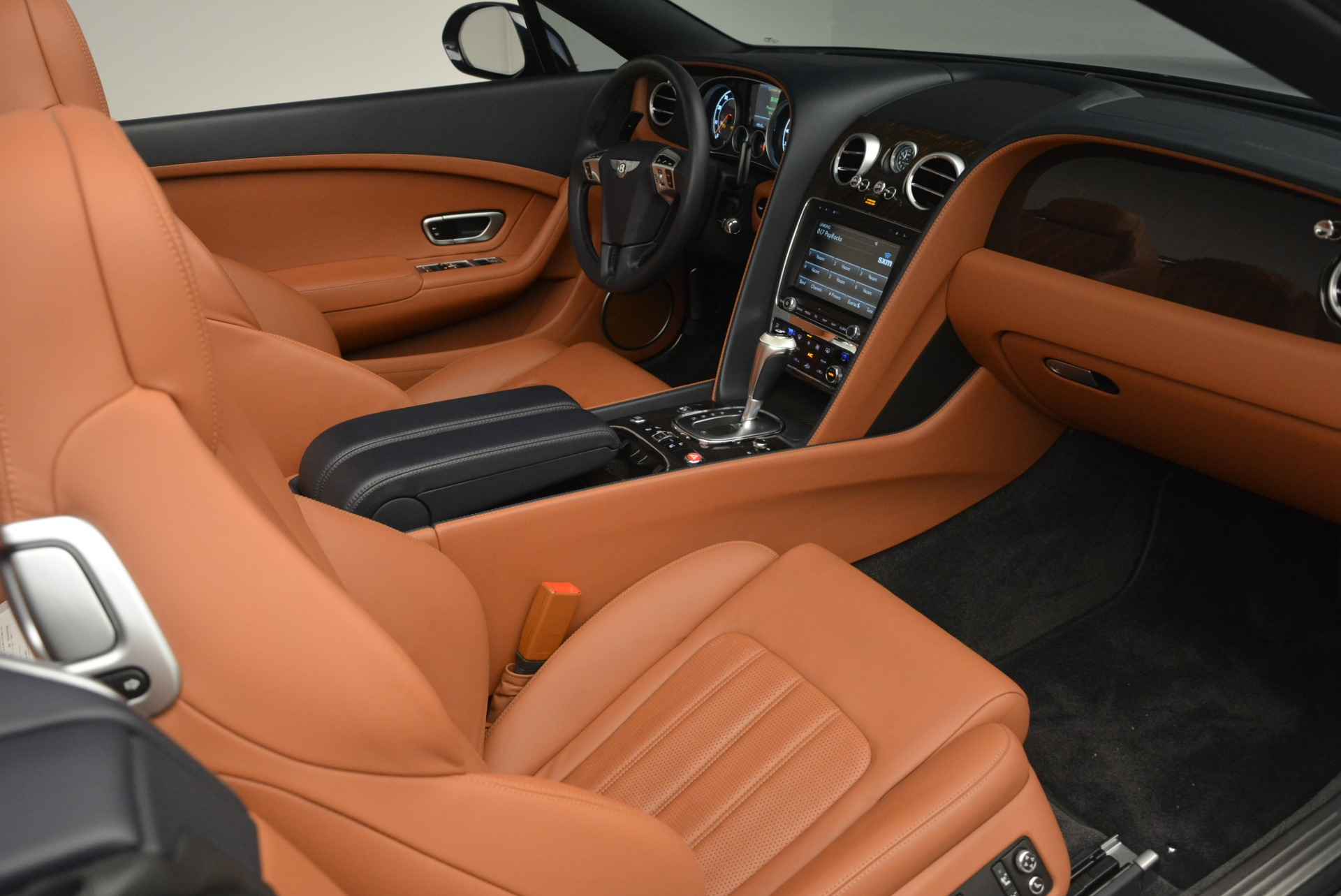 Used 2015 Bentley Continental GT V8 S For Sale In Greenwich, CT 2210_p25