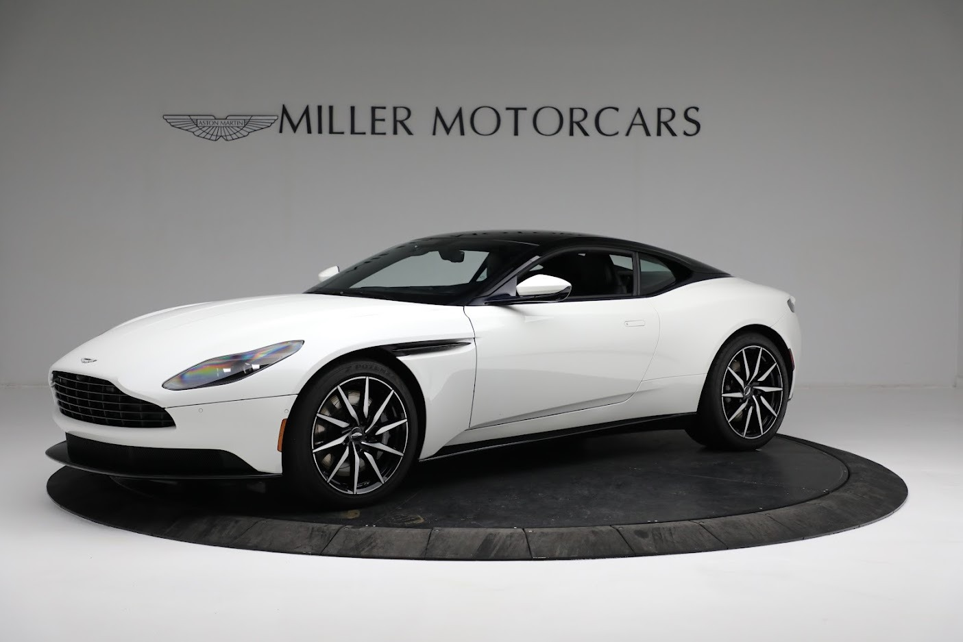 New 2018 Aston Martin DB11 V8 Coupe For Sale In Greenwich, CT 2211_main
