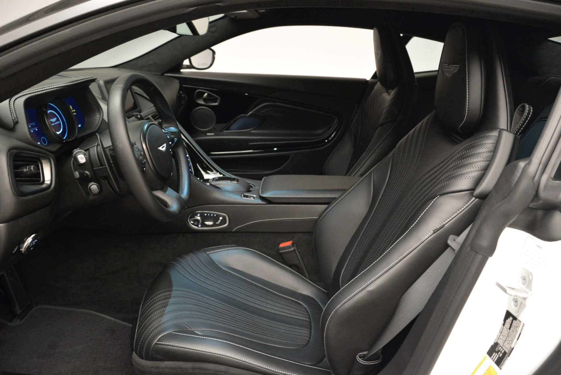 New 2018 Aston Martin DB11 V8 Coupe For Sale In Greenwich, CT 2211_p12