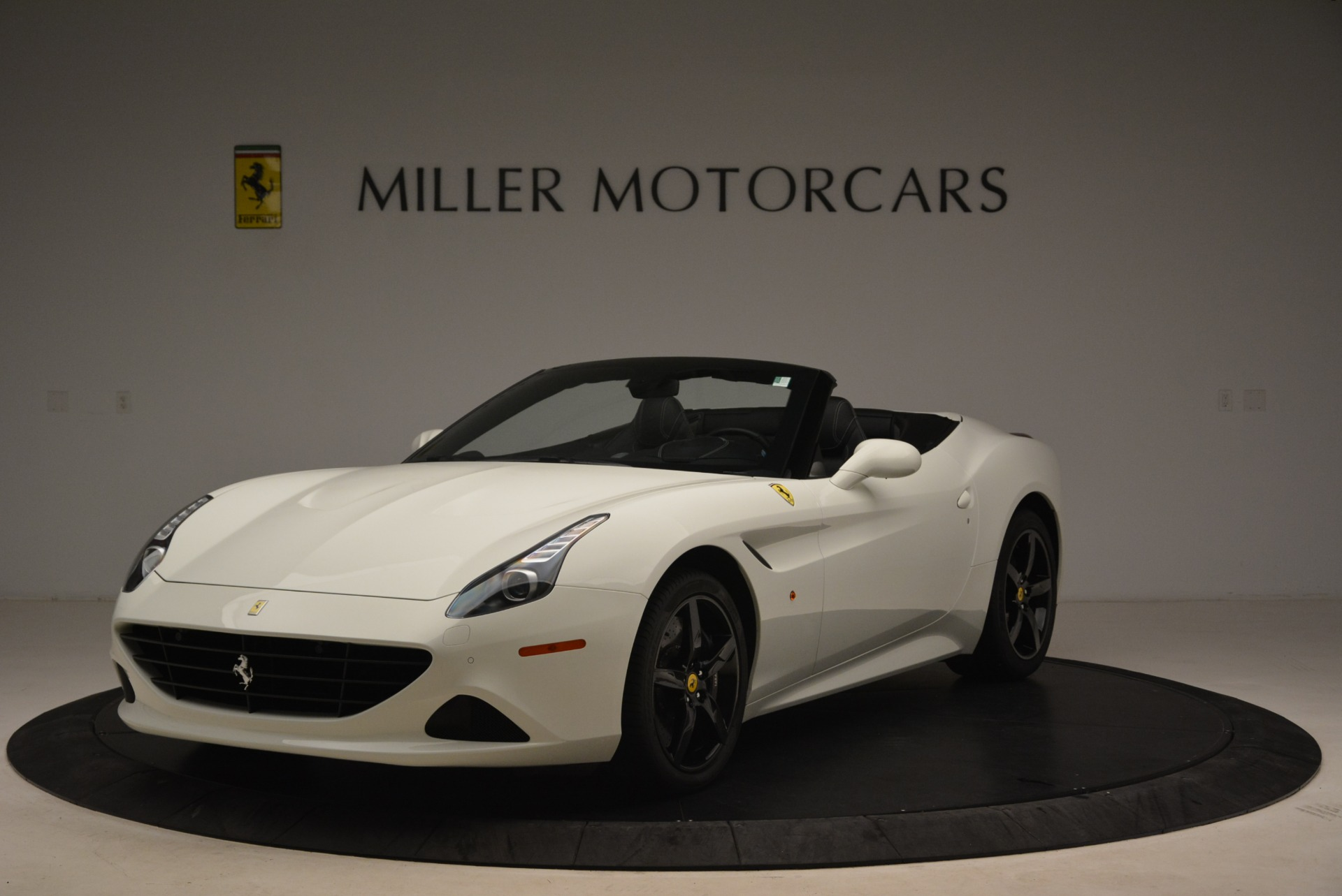 Used 2016 Ferrari California T  For Sale In Greenwich, CT 2213_main