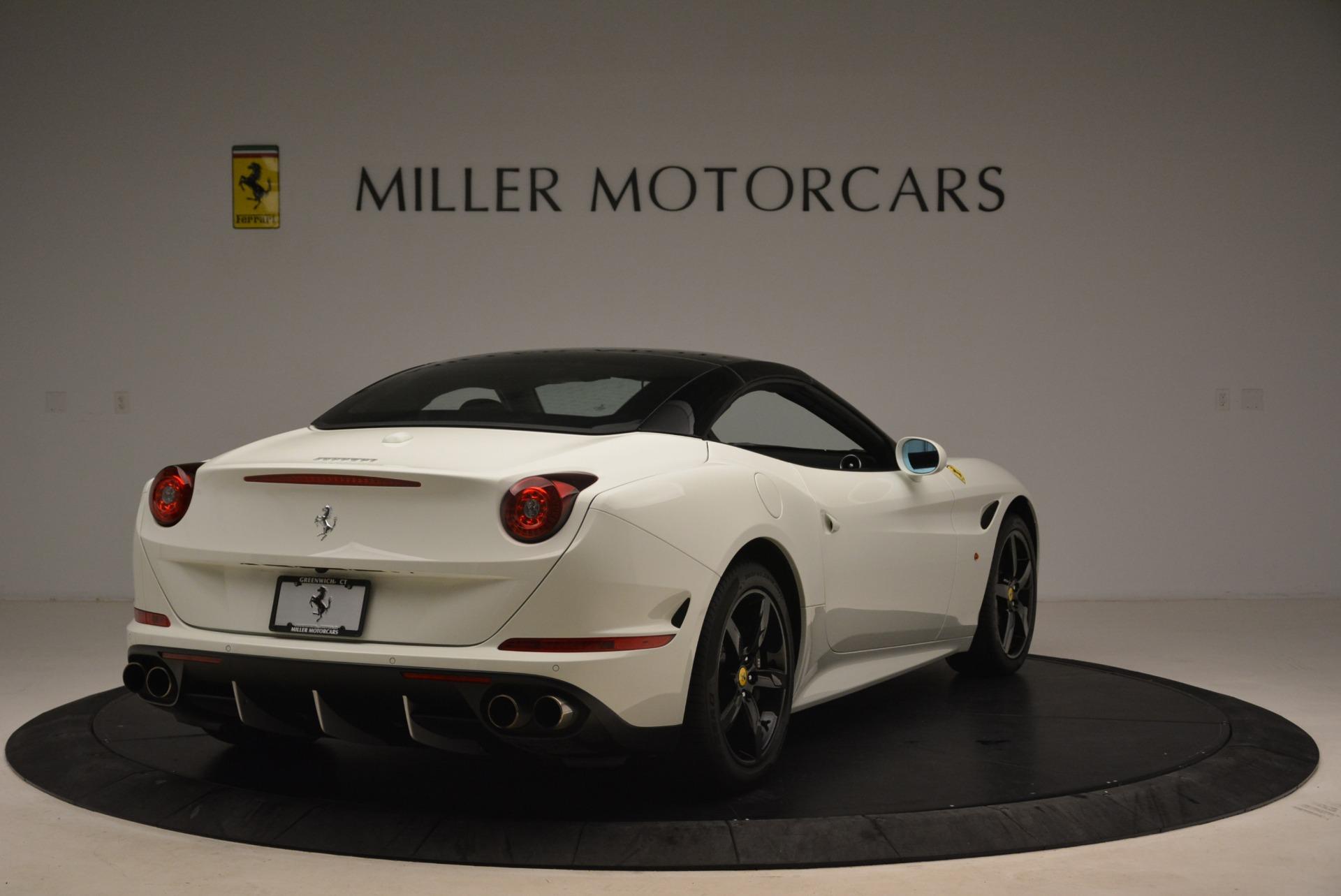 Used 2016 Ferrari California T  For Sale In Greenwich, CT 2213_p19