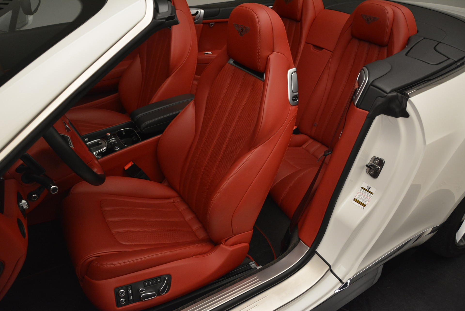 Used 2015 Bentley Continental GT V8 S For Sale In Greenwich, CT 2214_p21