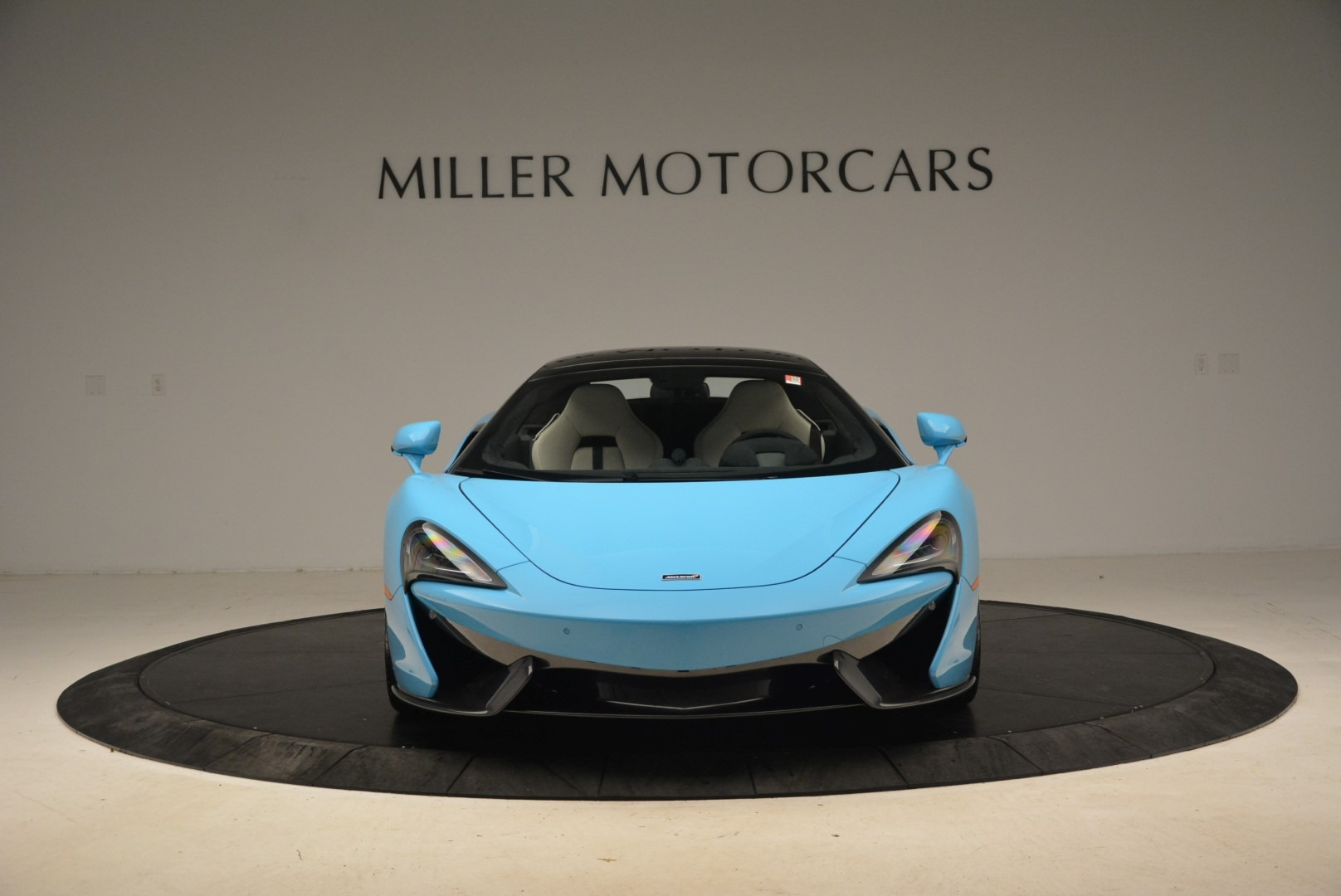 Used 2018 McLaren 570S Spider For Sale In Greenwich, CT 2215_p14