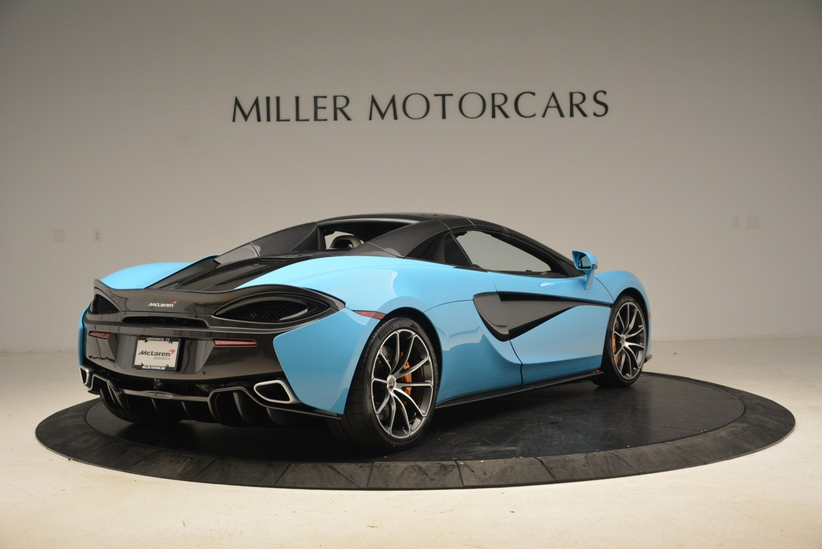 Used 2018 McLaren 570S Spider For Sale In Greenwich, CT 2215_p19
