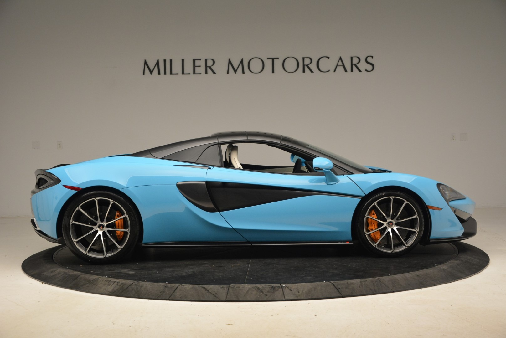Used 2018 McLaren 570S Spider For Sale In Greenwich, CT 2215_p20