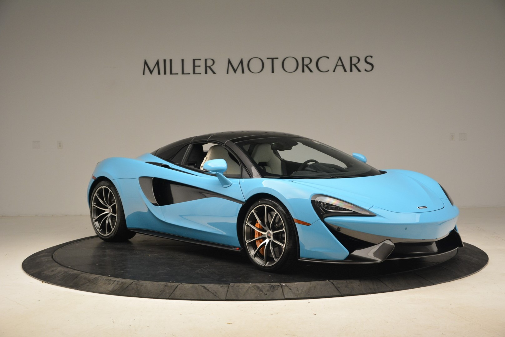 Used 2018 McLaren 570S Spider For Sale In Greenwich, CT 2215_p21