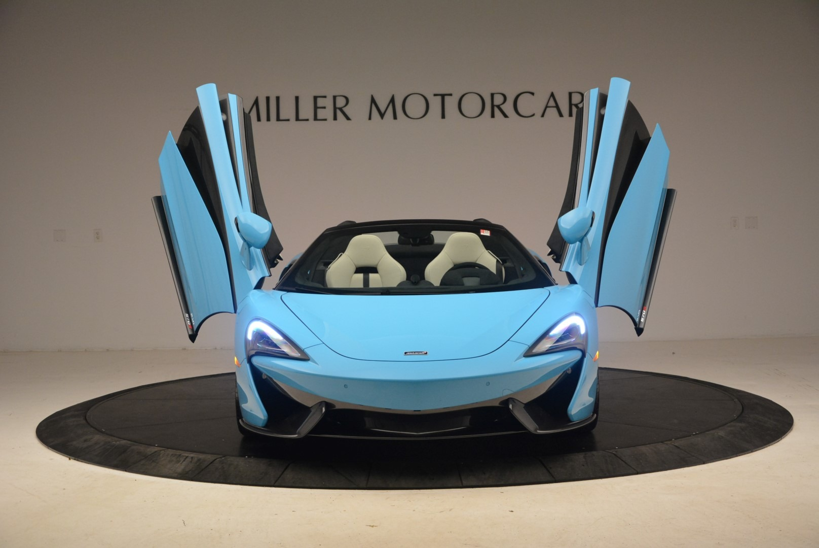 Used 2018 McLaren 570S Spider For Sale In Greenwich, CT 2215_p22