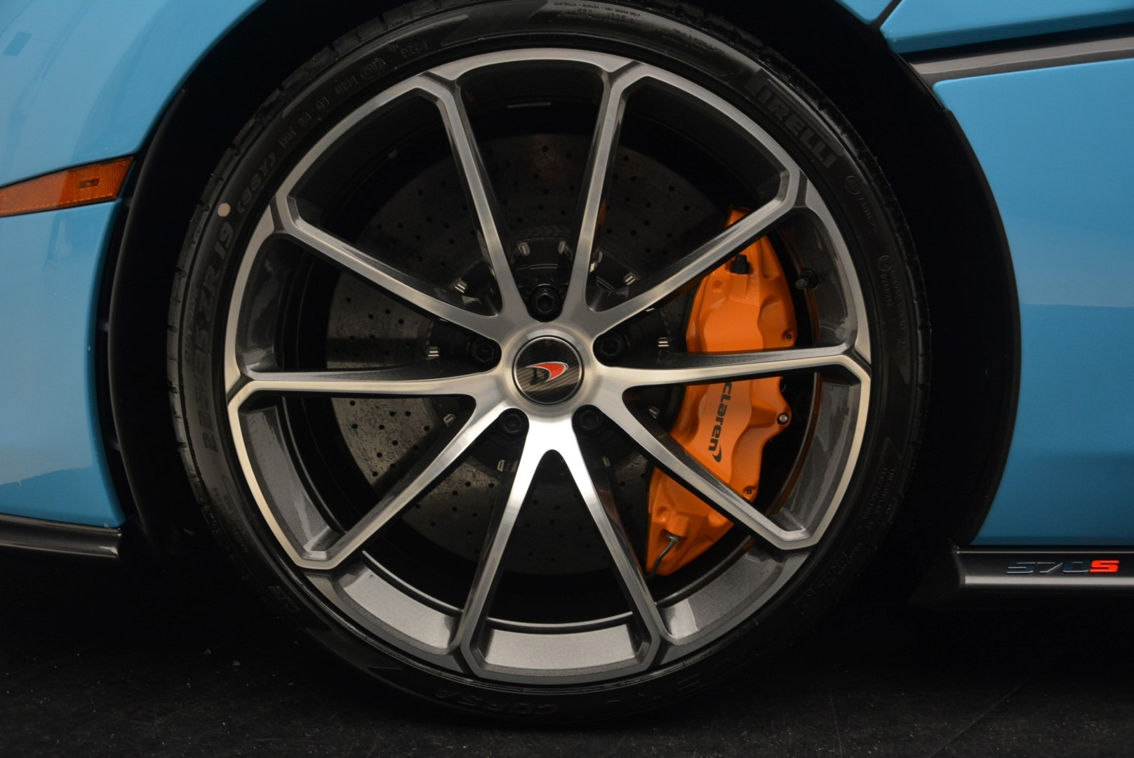 Used 2018 McLaren 570S Spider For Sale In Greenwich, CT 2215_p25