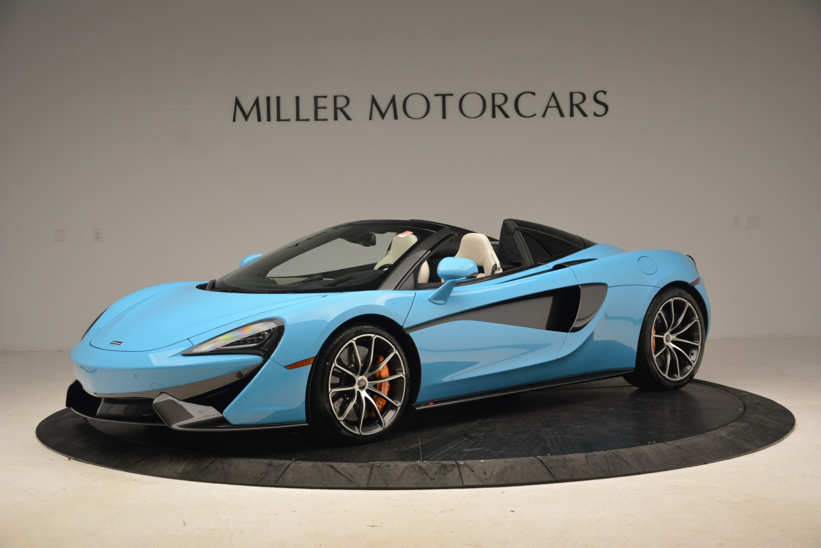 Used 2018 McLaren 570S Spider For Sale In Greenwich, CT 2215_p2