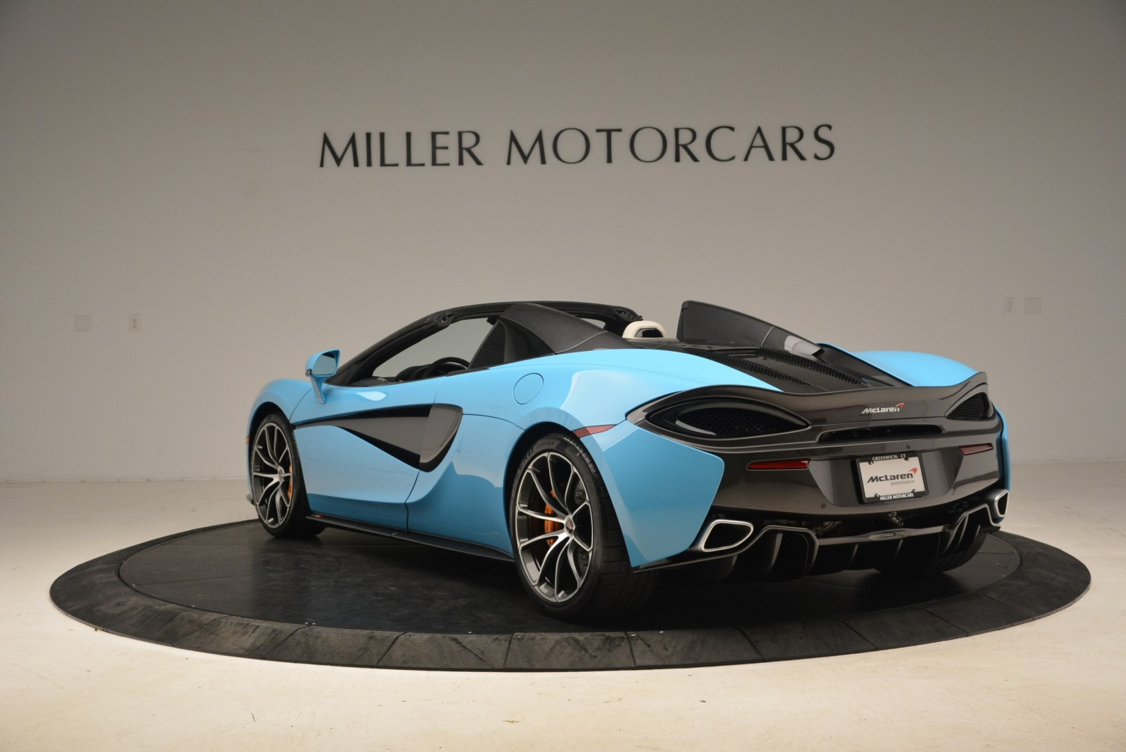 Used 2018 McLaren 570S Spider For Sale In Greenwich, CT 2215_p5