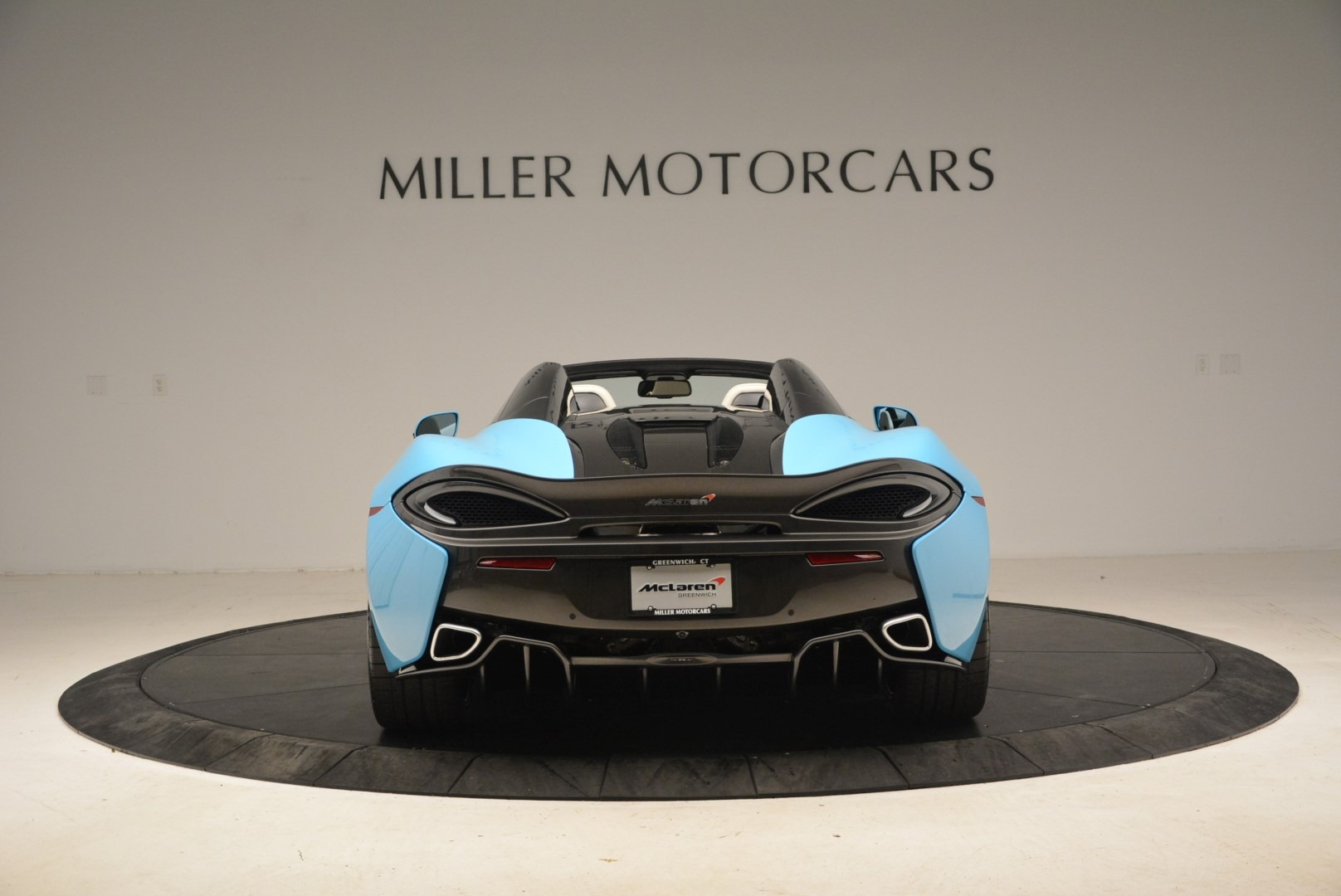 Used 2018 McLaren 570S Spider For Sale In Greenwich, CT 2215_p6
