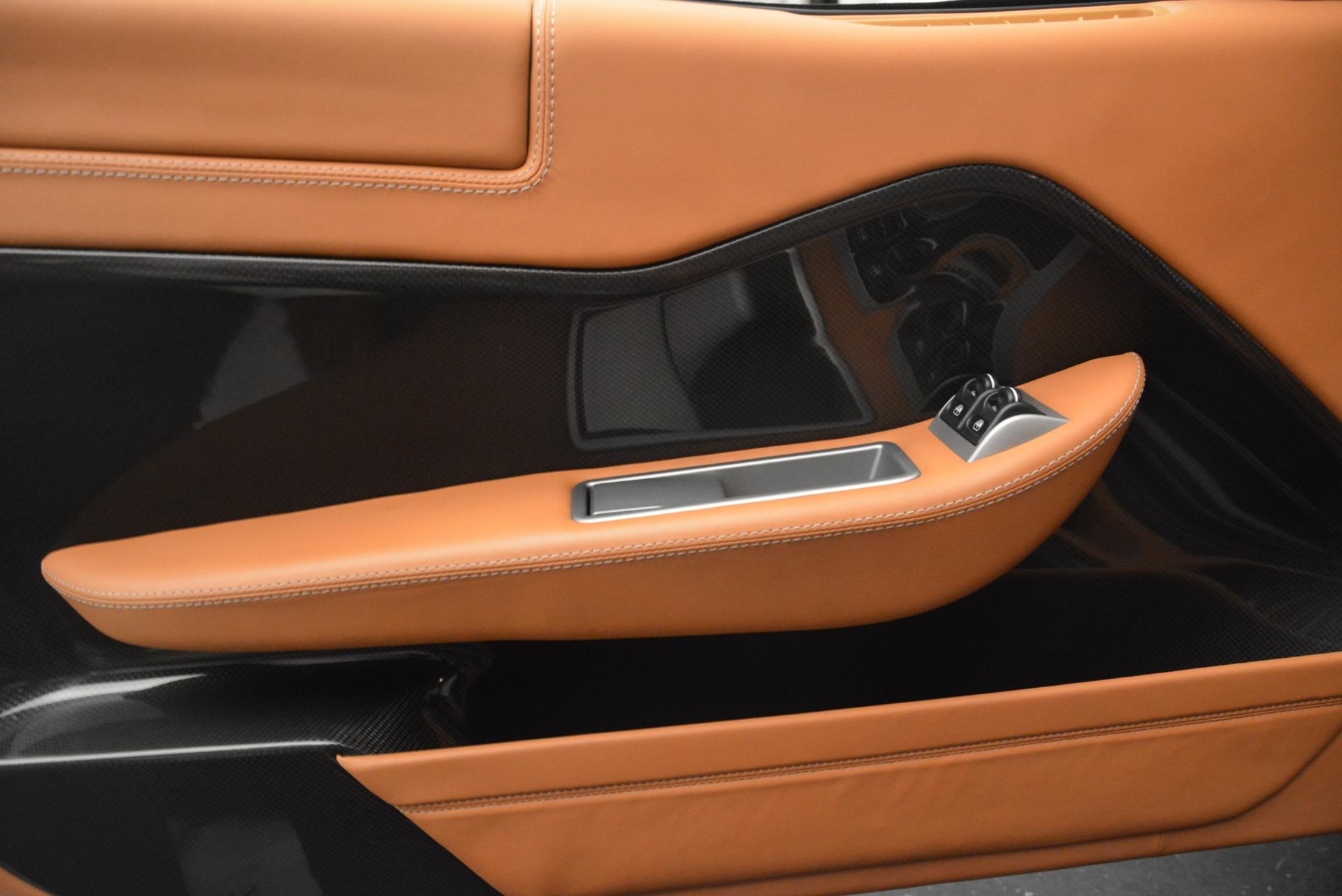 Used 2010 Ferrari 599 GTB Fiorano  For Sale In Greenwich, CT 2219_p16