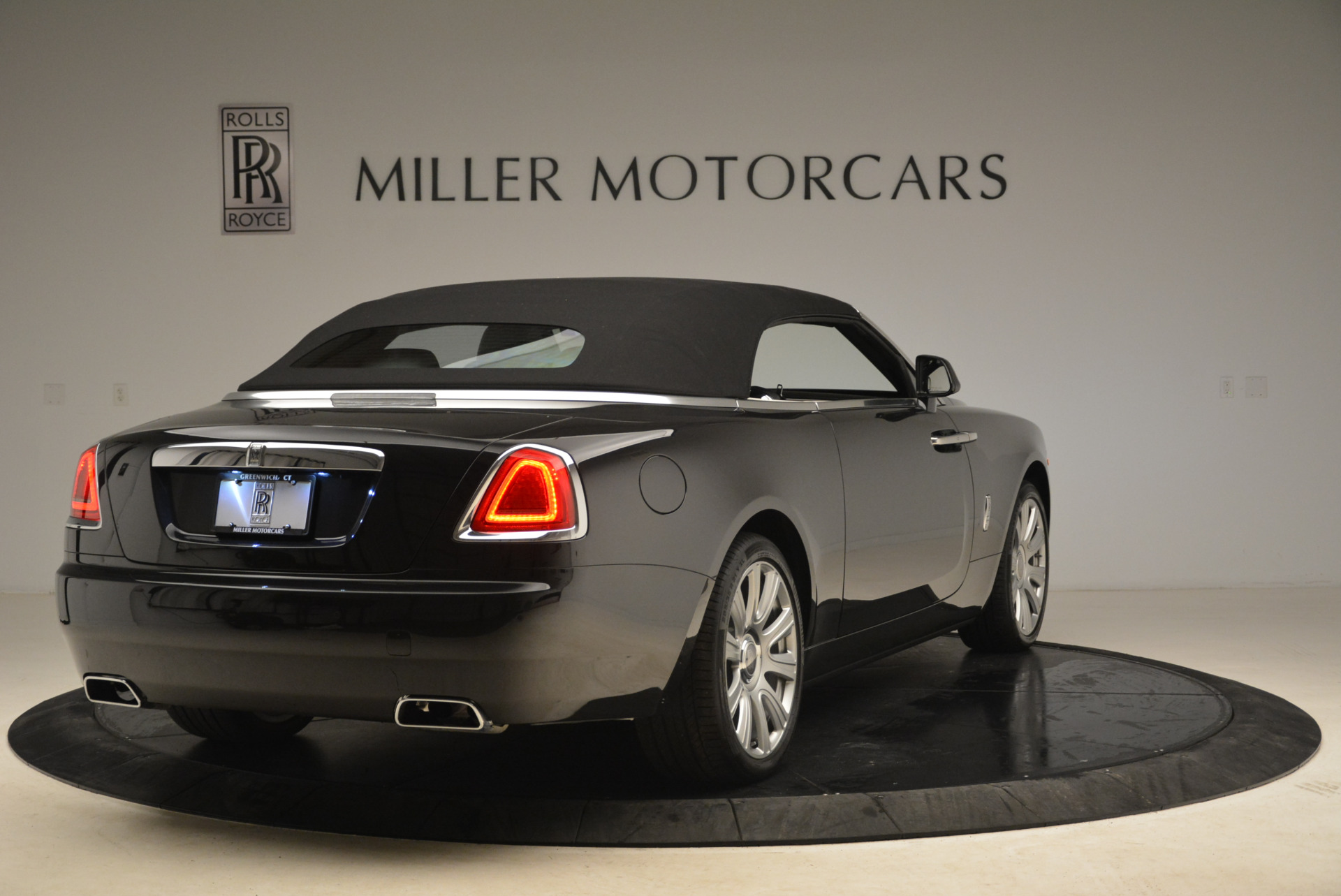 Used 2016 Rolls-Royce Dawn  For Sale In Greenwich, CT 2220_p19